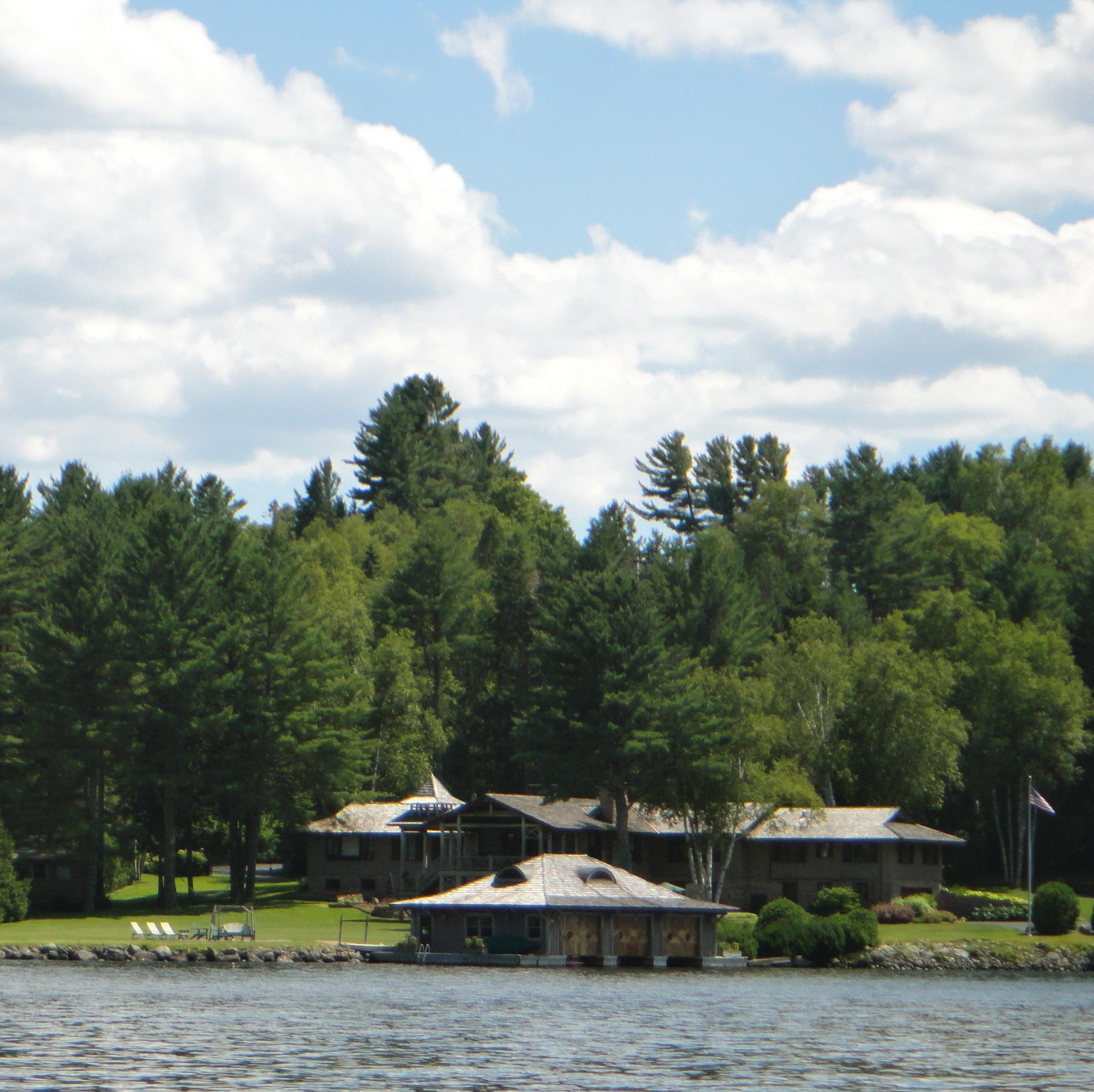 Lake Placid home off Victor Hubert Road