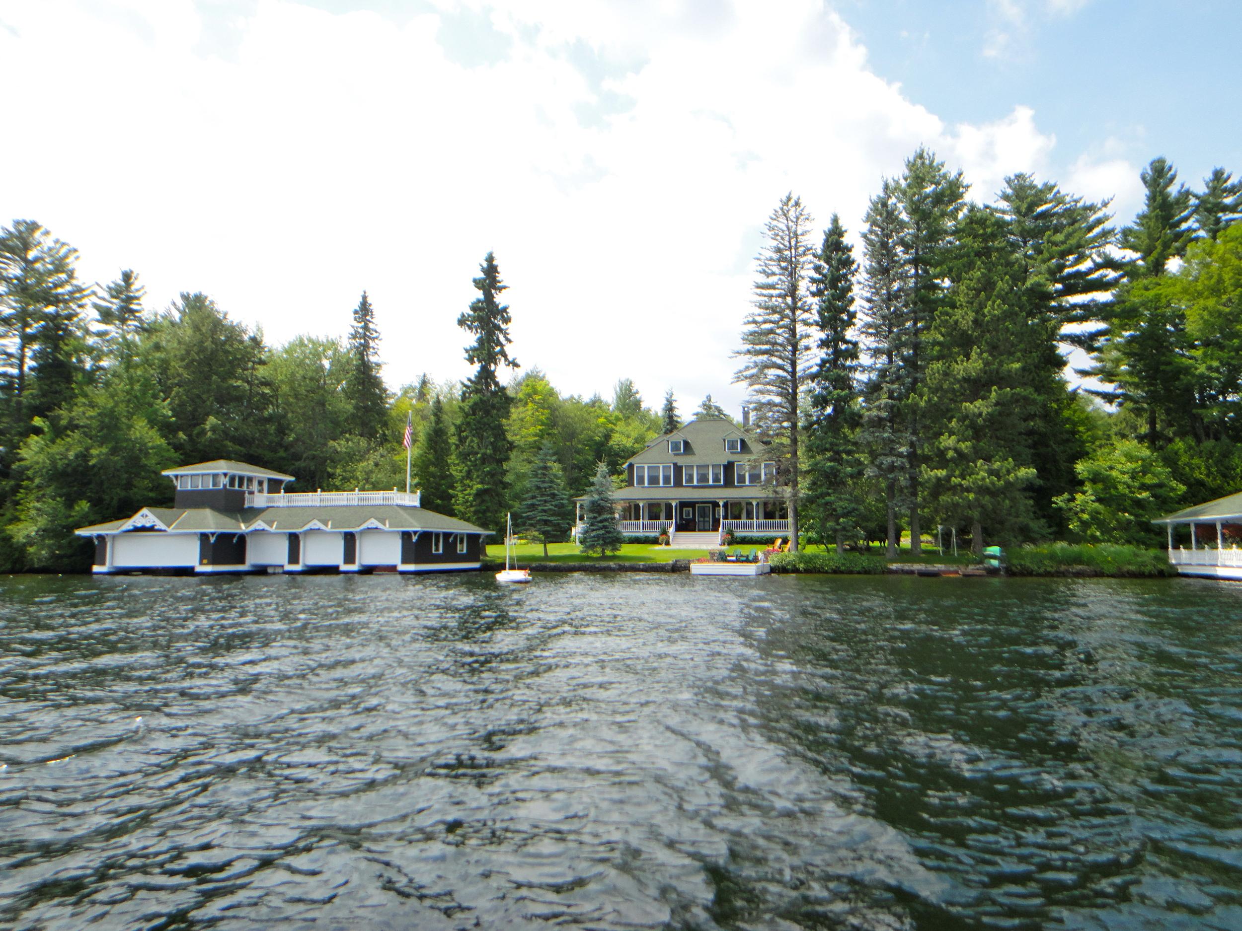 Home on the Lake Placid Peninsula