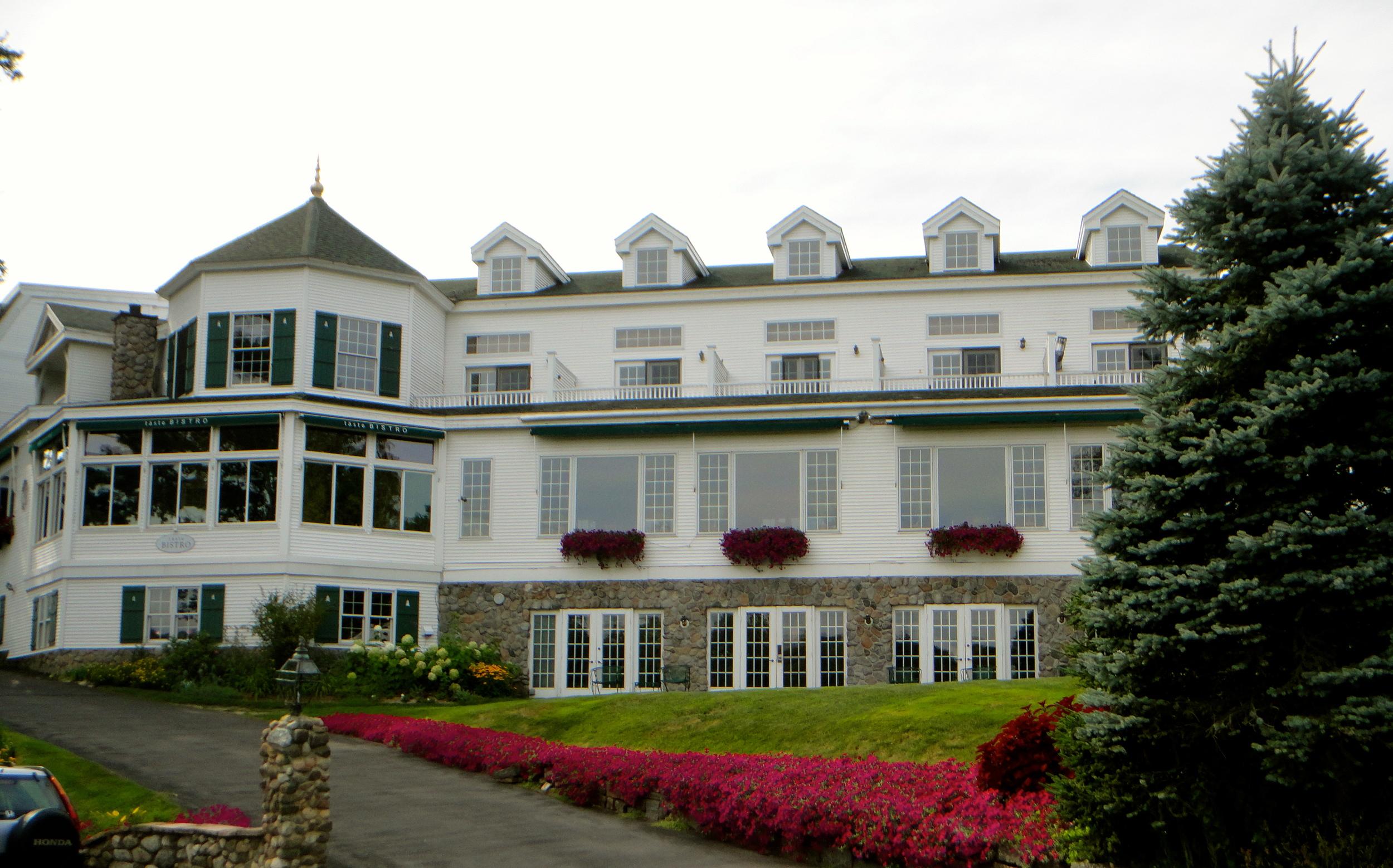 Facade of Mirror Lake Inn, Lake Placid