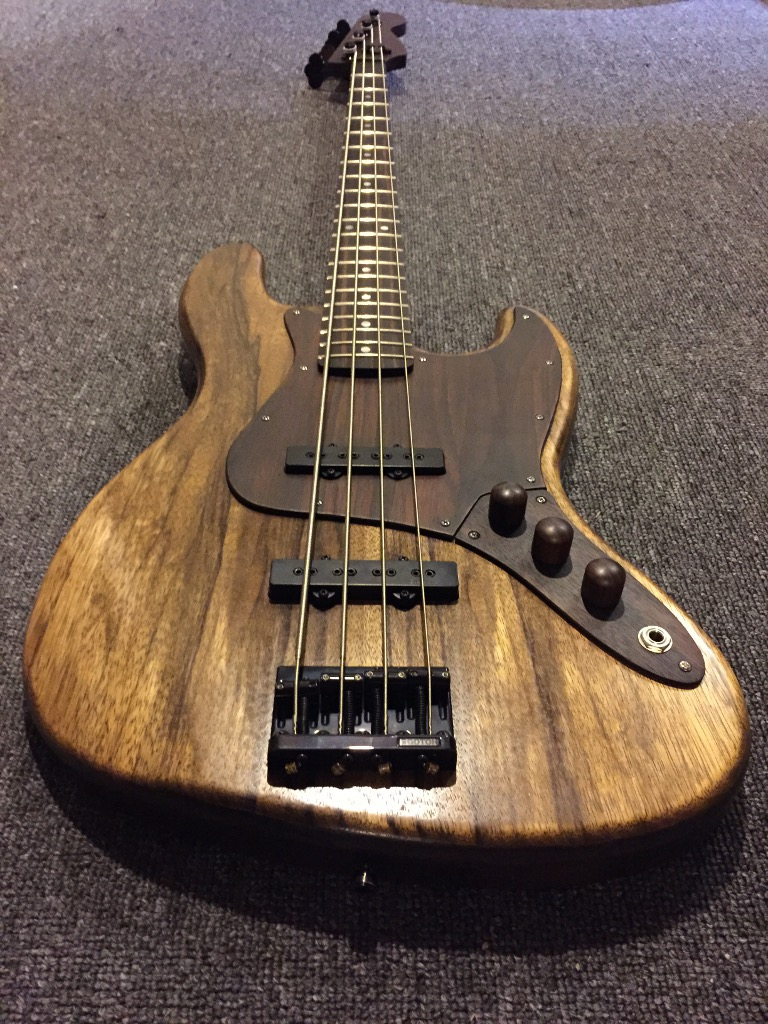 Satyrnine Black Korina/Wenge/Ebony/Rosewood Jazz Bass