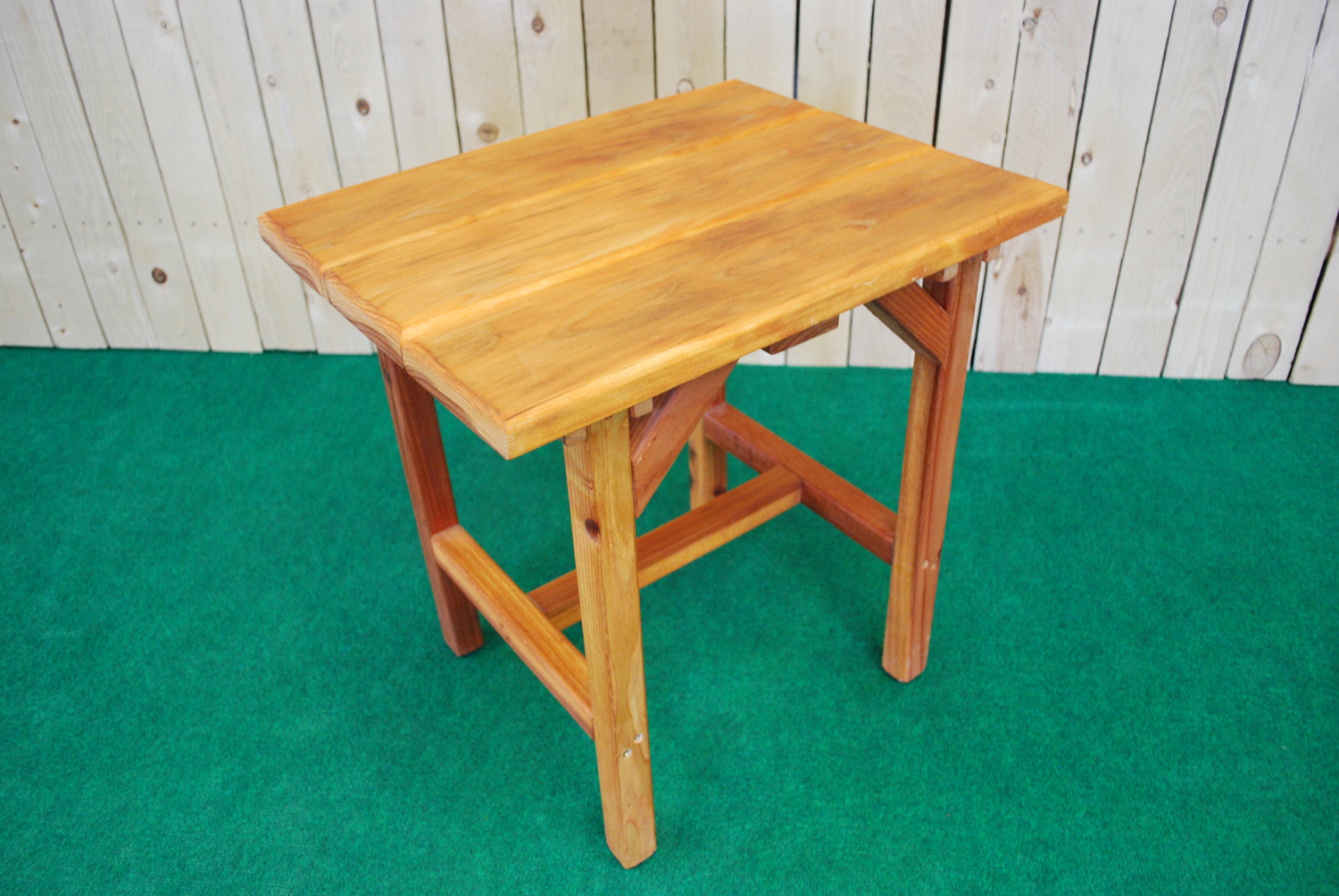 redwood mini accent table