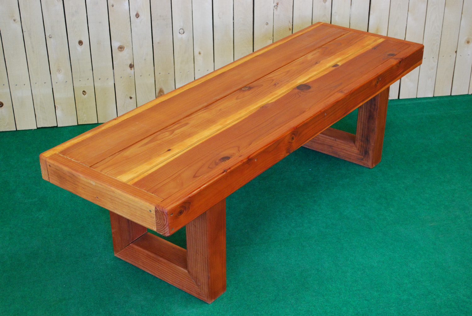 redwood contempo bench (medium)