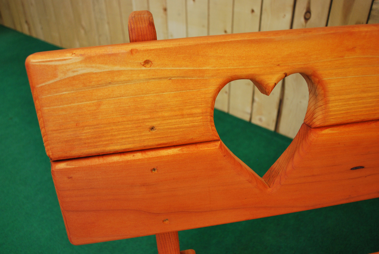 redwood heart bench