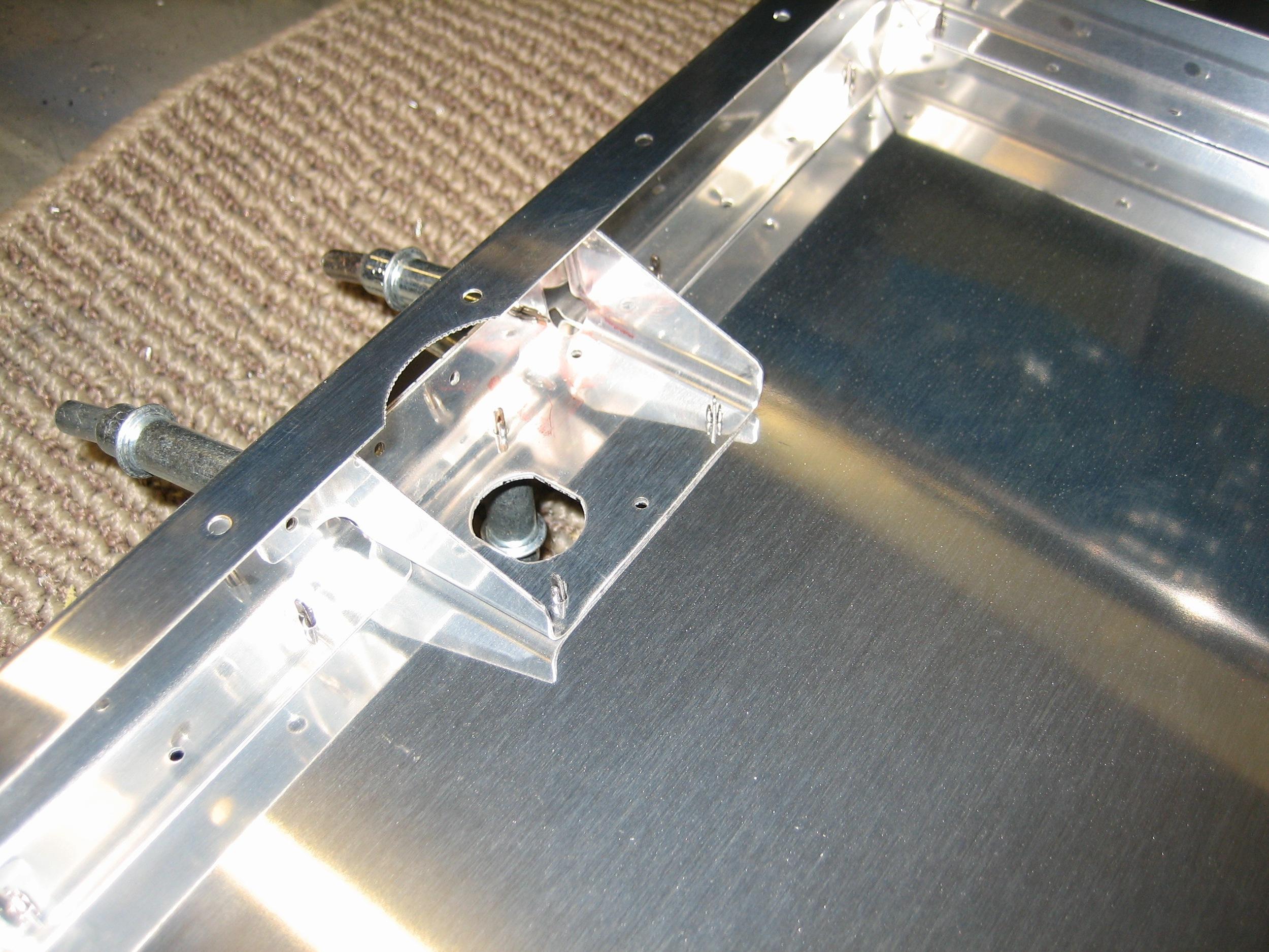 Baggage Door07.jpg