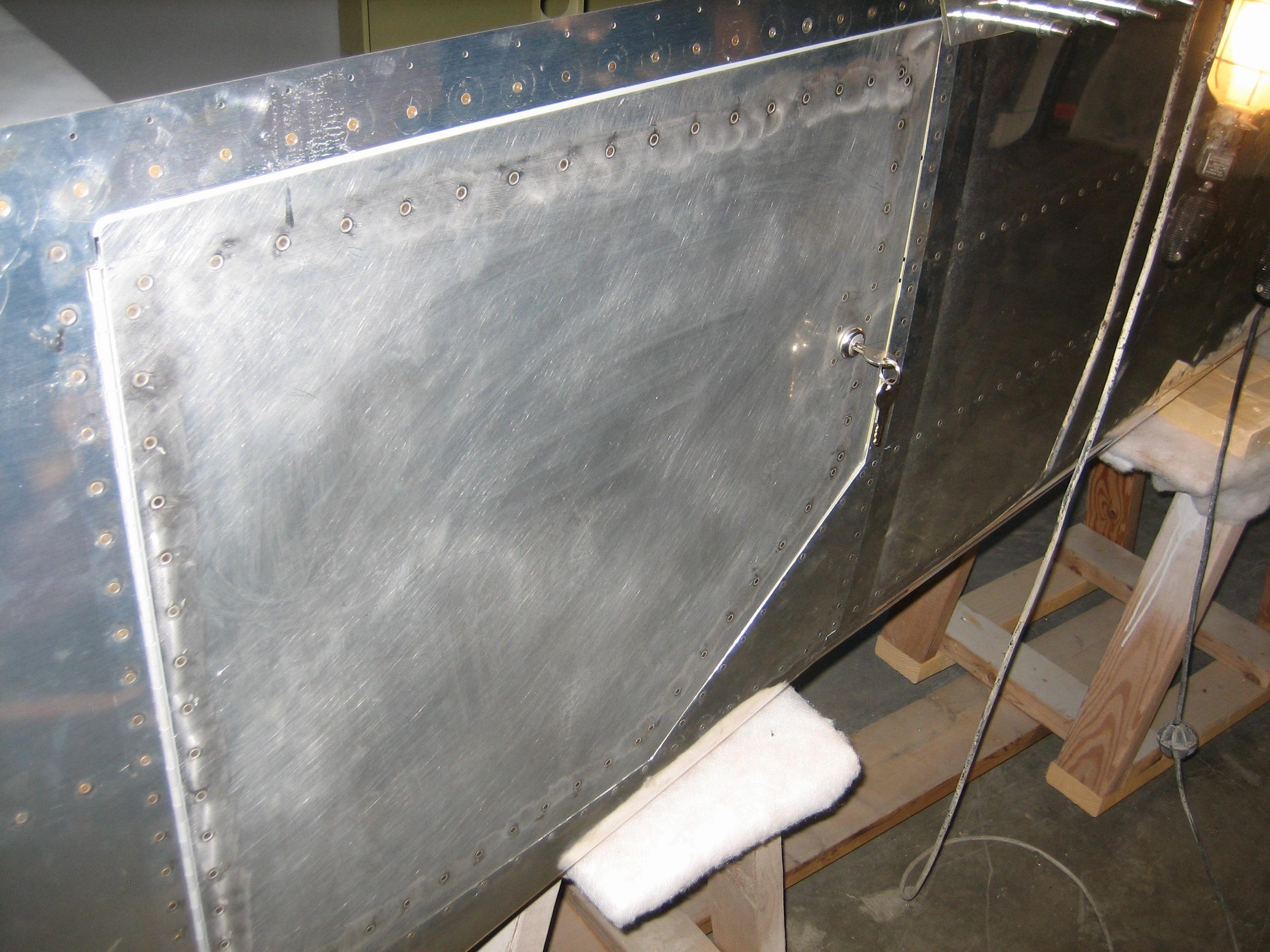 Baggage Door31.jpg