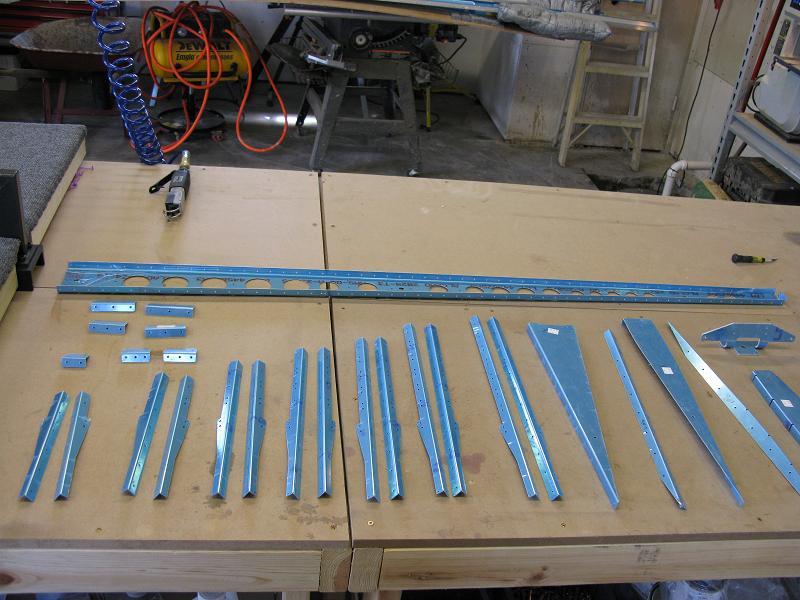 Vertical Stabilzer Rivet 002.jpg