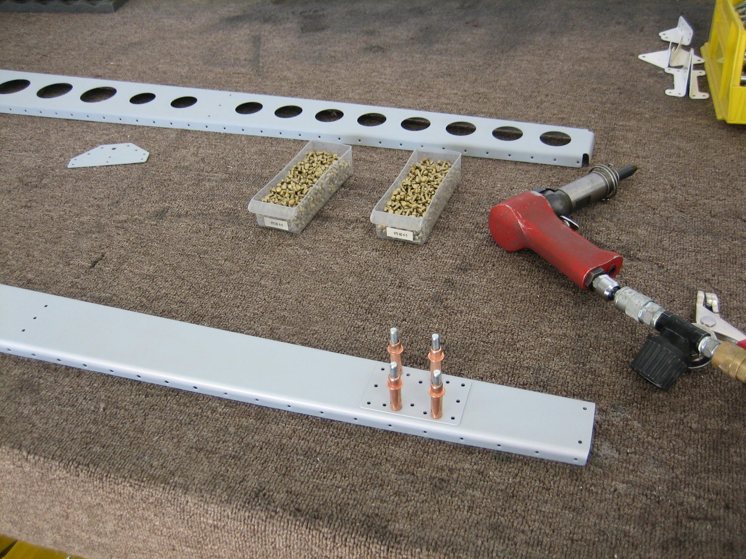 Vertical Stabilizer (10).JPG