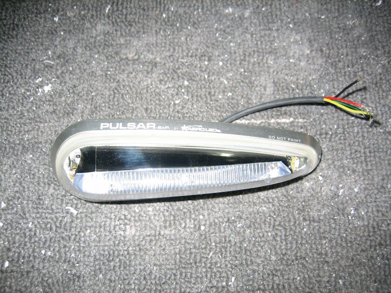 Nav and Strobe Lights