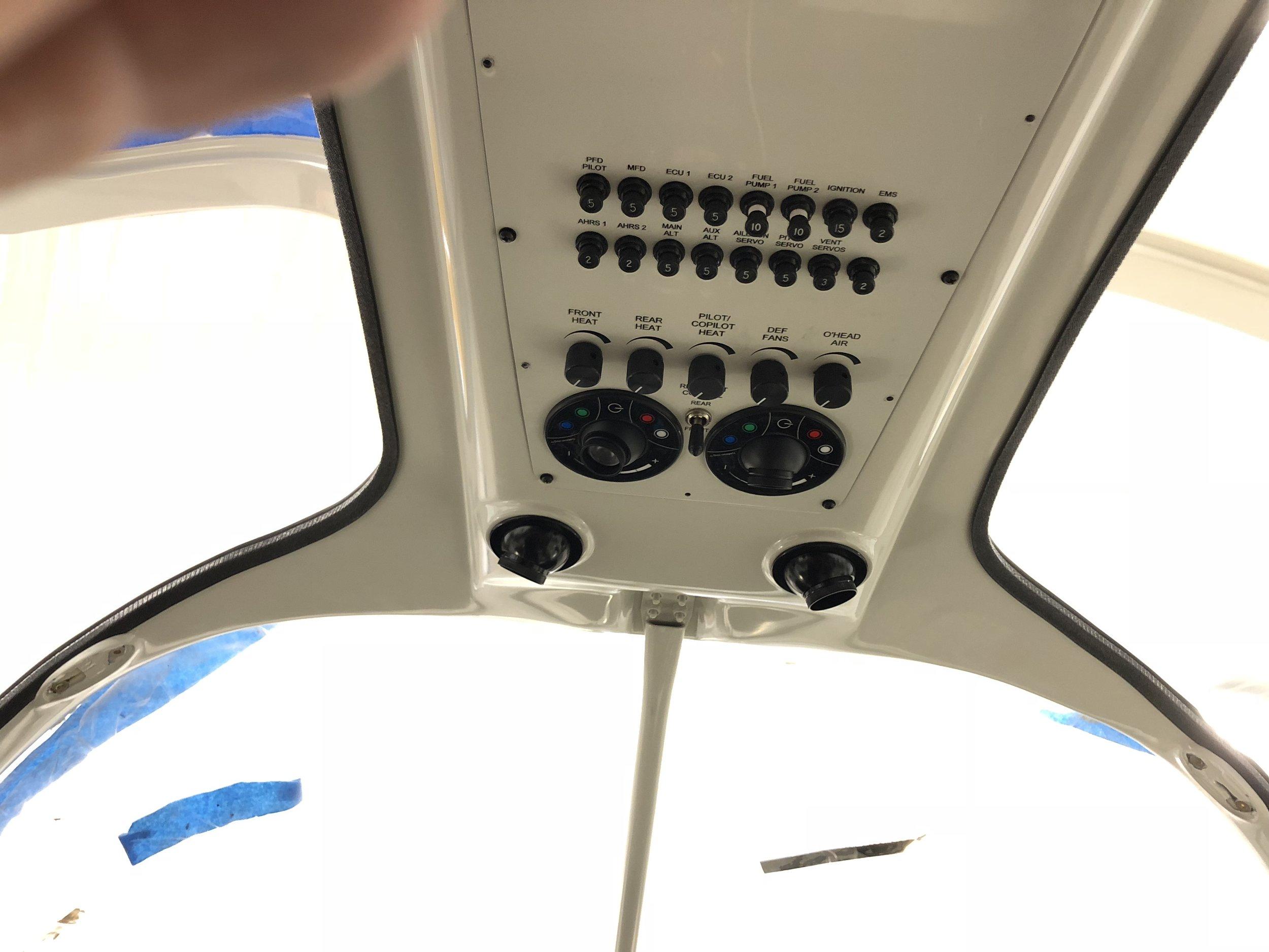 RV10 Avionics (43).JPG