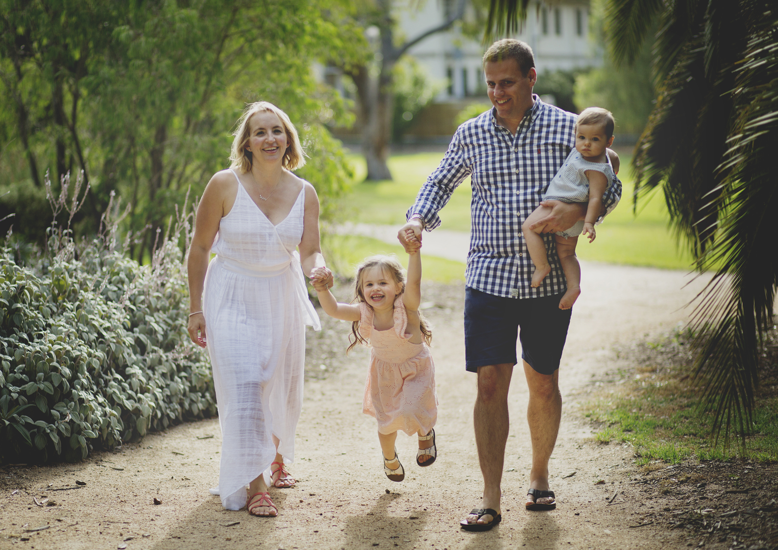 Lifestyle Photography of Families Bayside