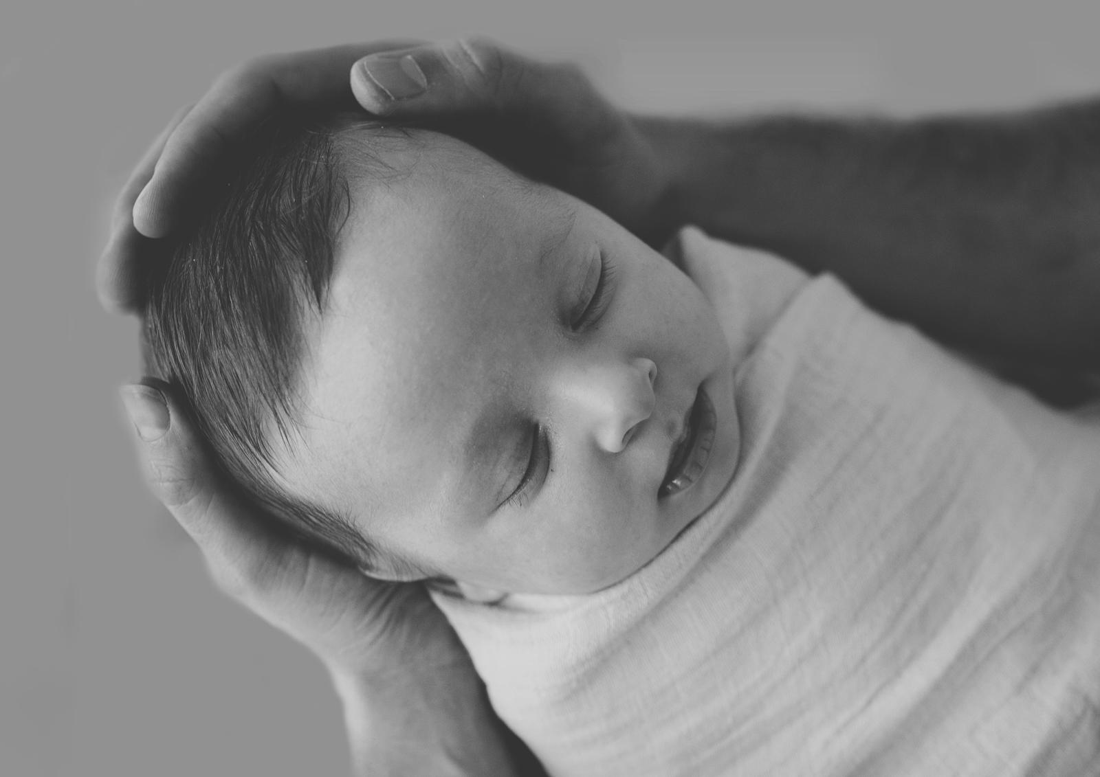 Black & White photography of newborns!