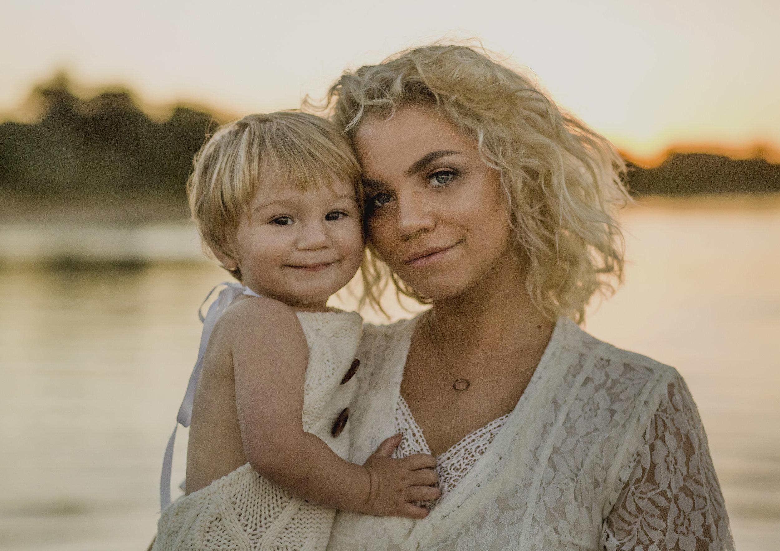 On Location Motherhood Photography Melbourne