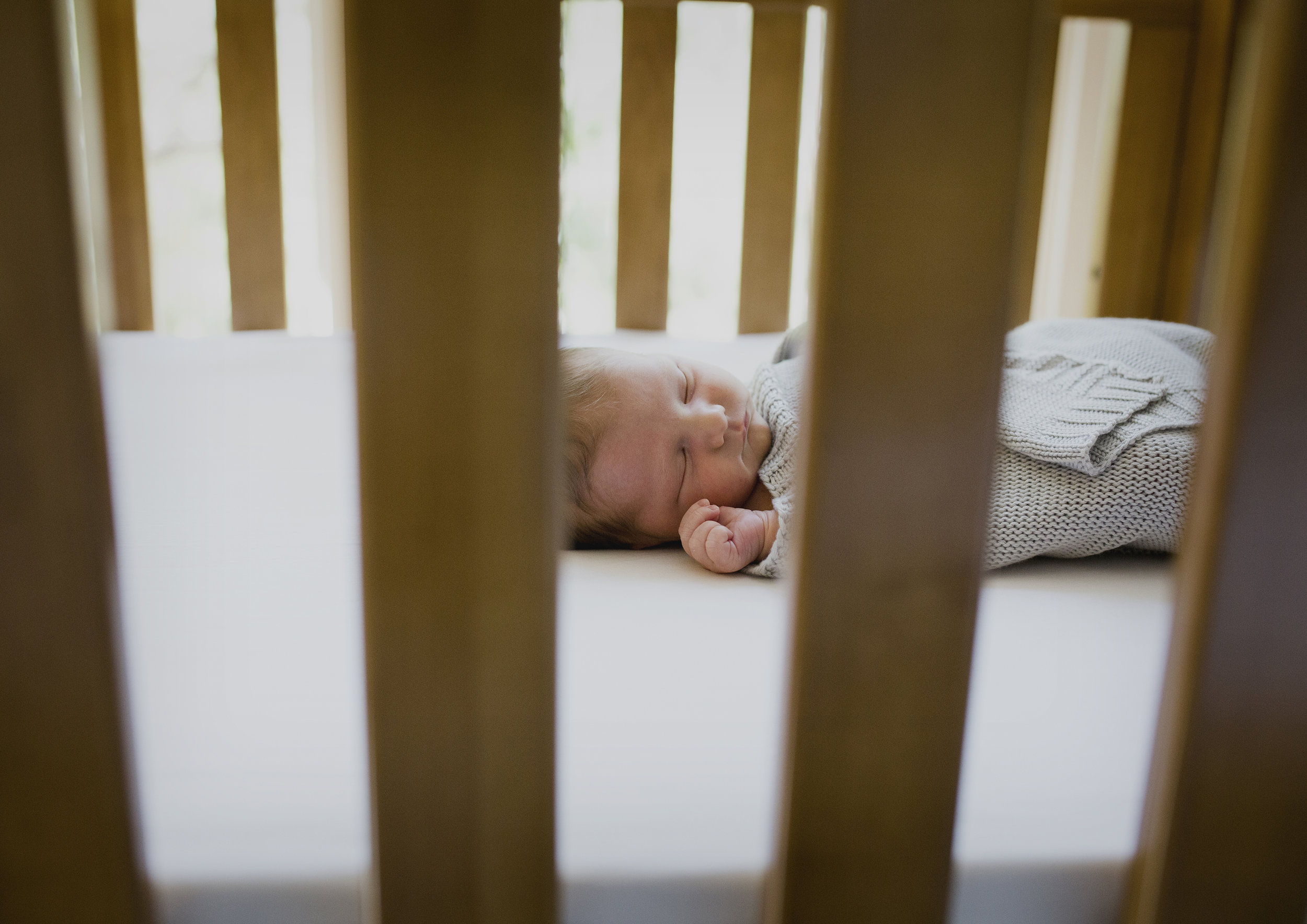 Natural newborn photography in your own home