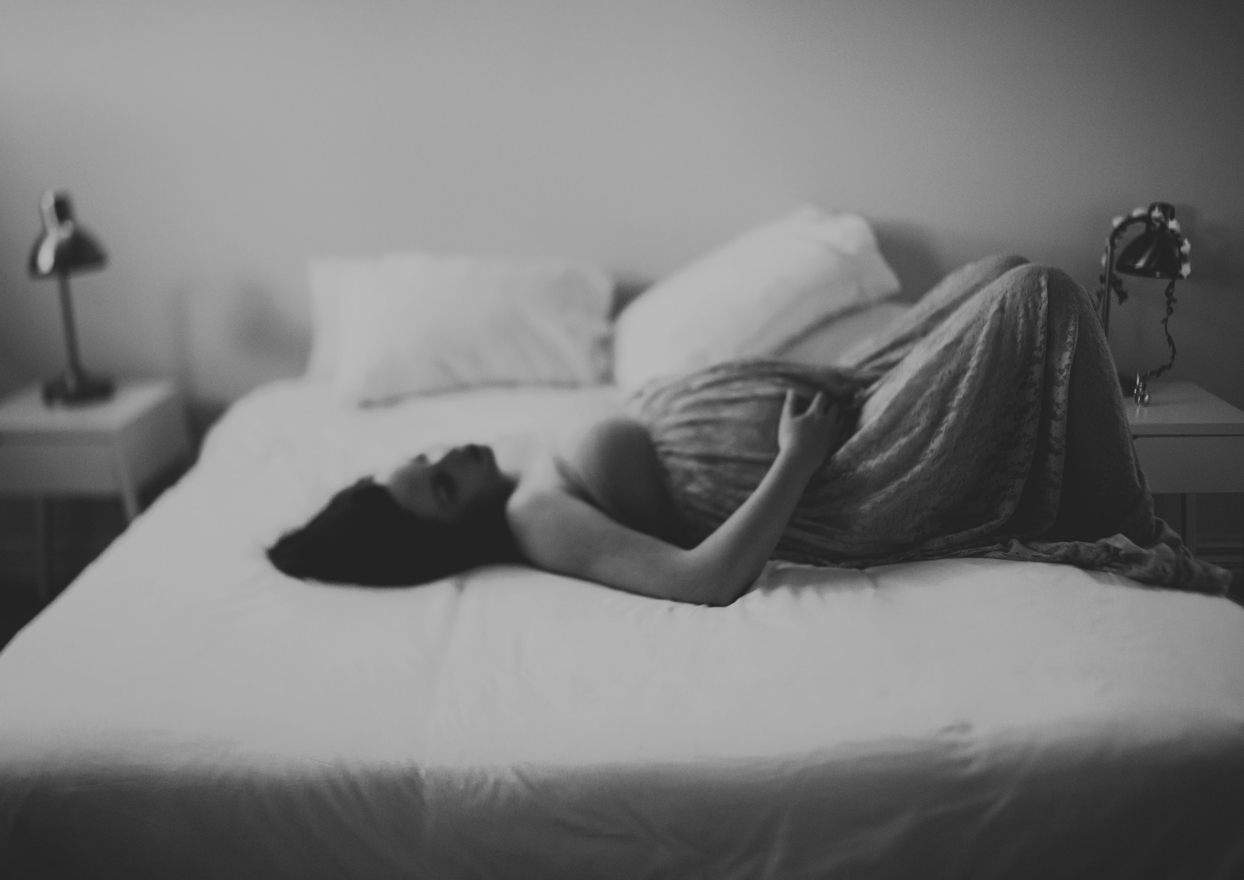 Freelensed image of a pregnant mother