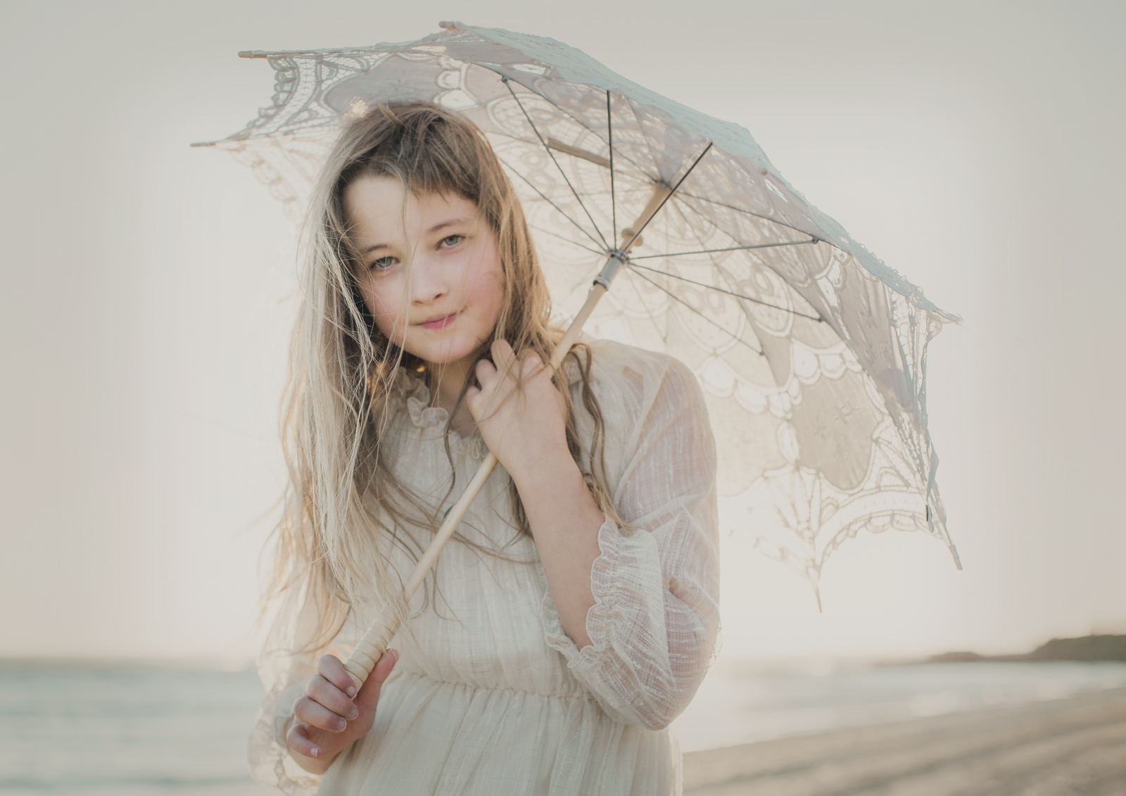 Vintage lace umbrella used at Tween Photo Shoot
