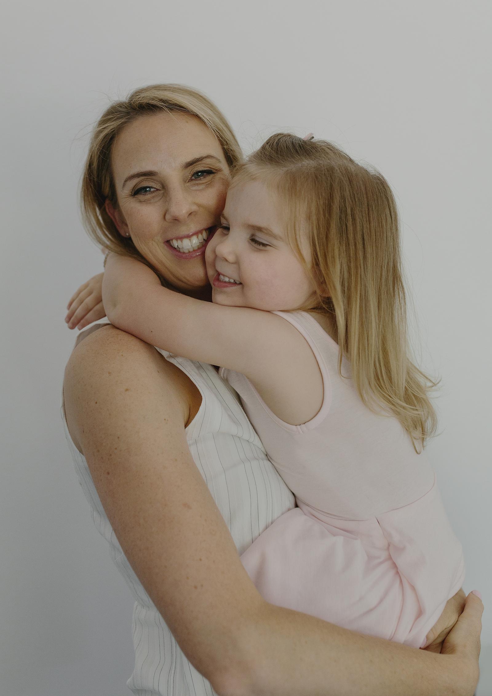 Natural Motherhood Photography