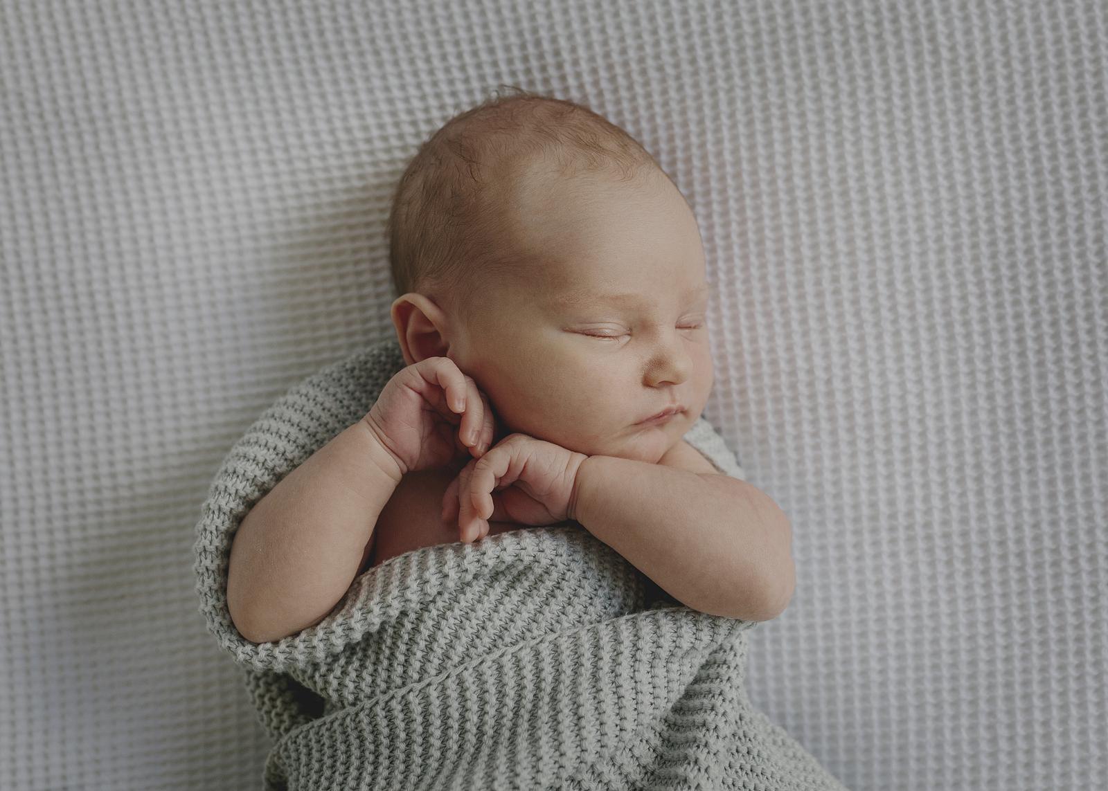 Natural Newborn Photographer Melbourne