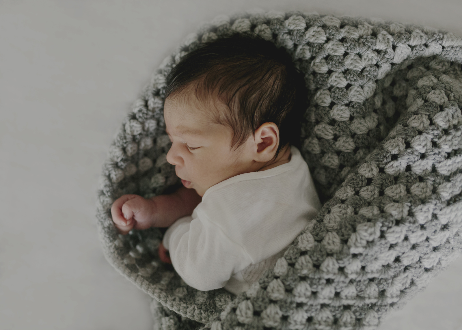 Newborn and Baby Photographer Melbourne
