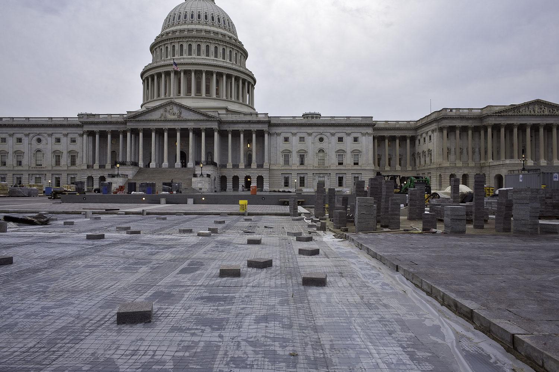 us-capitol-building-construction.jpg