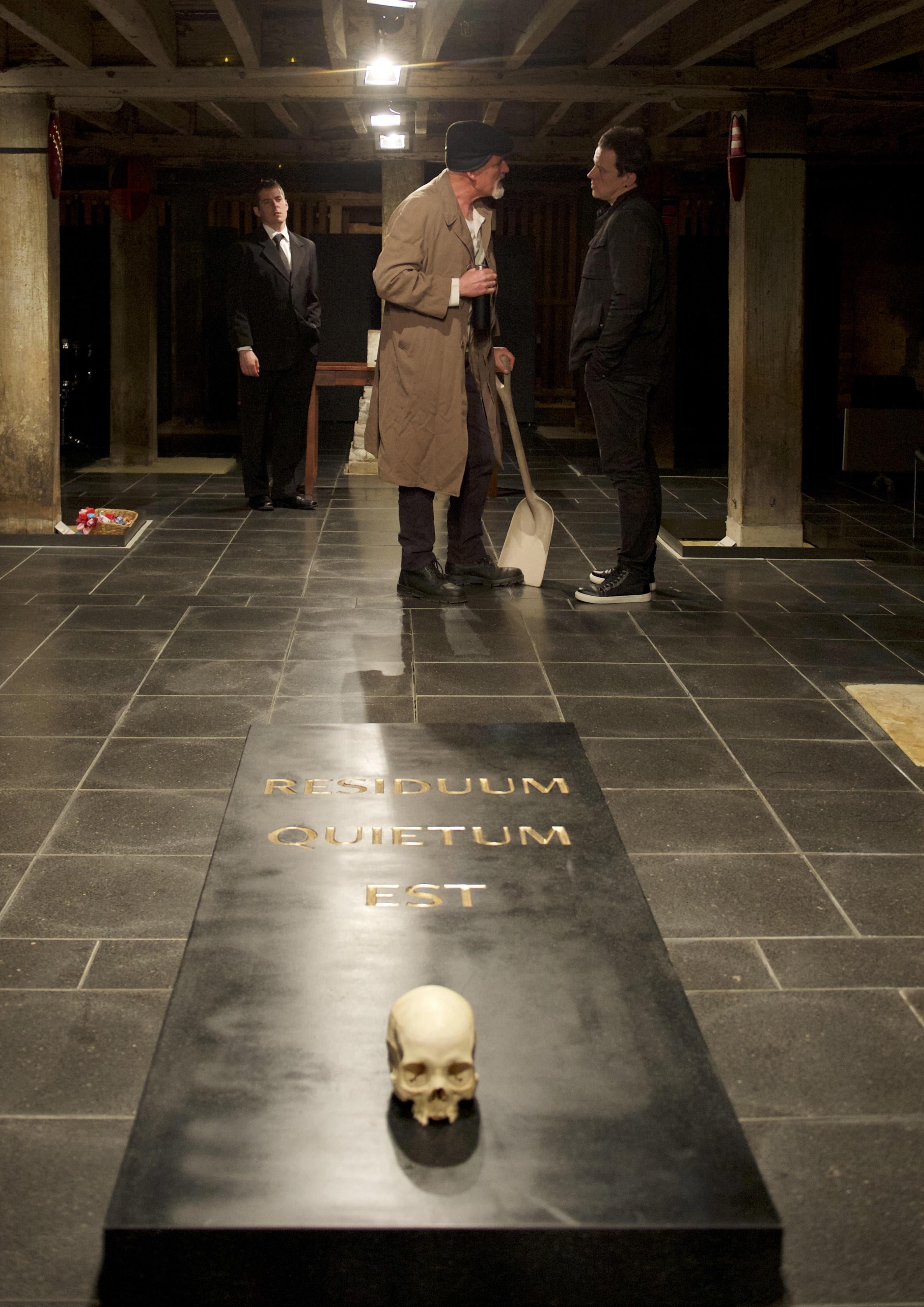 18 Hamlet 1.jpg