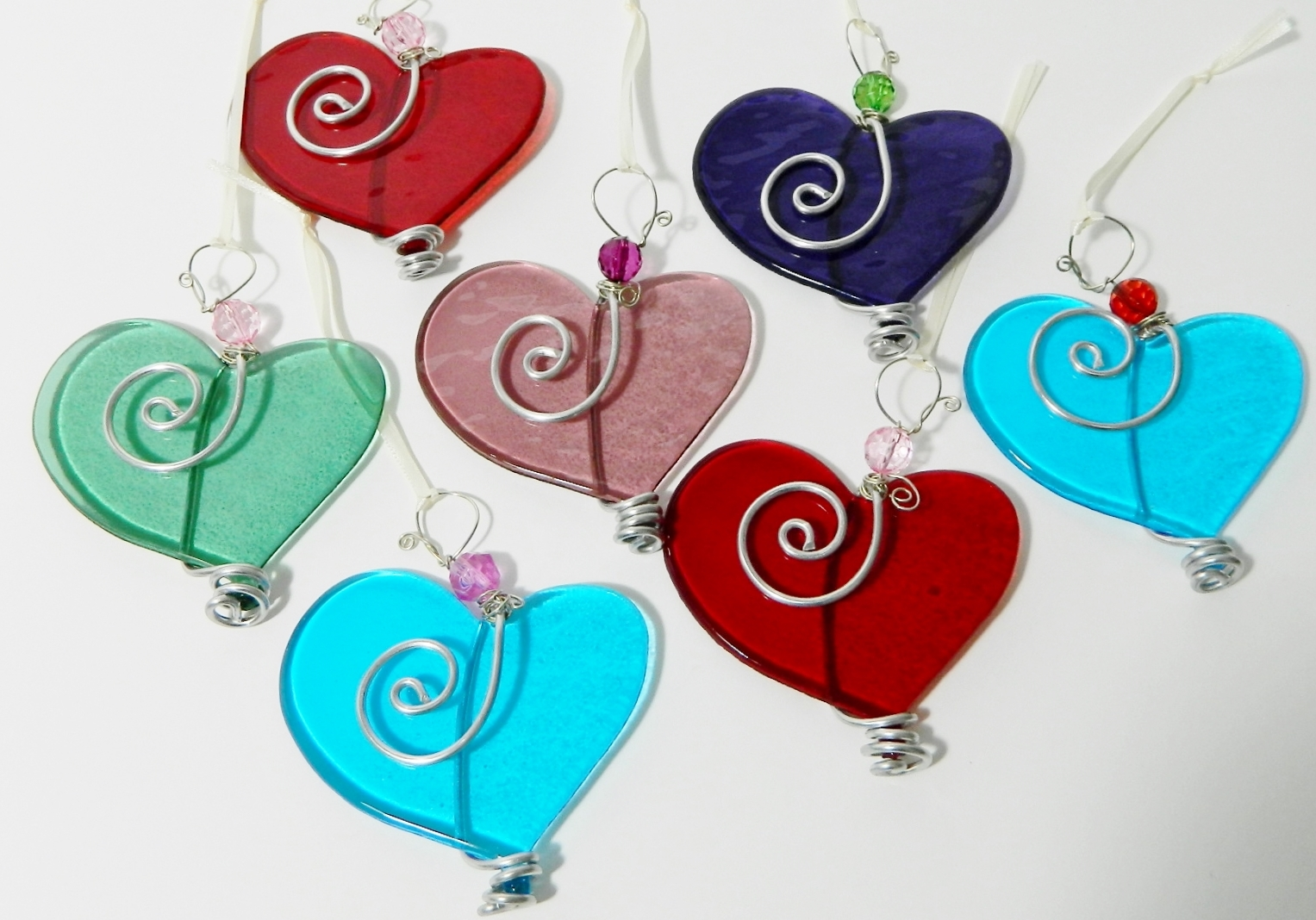 Hearts are available in a range of colors and make a wonderful, unique Valentines Day gift.
