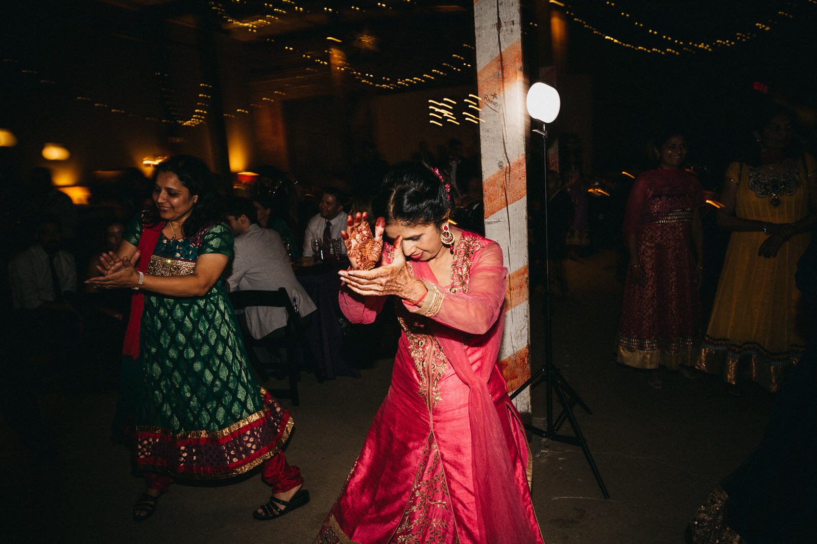 Portland Oregon Wedding Photography Indian wedding Illinois0181 .JPG