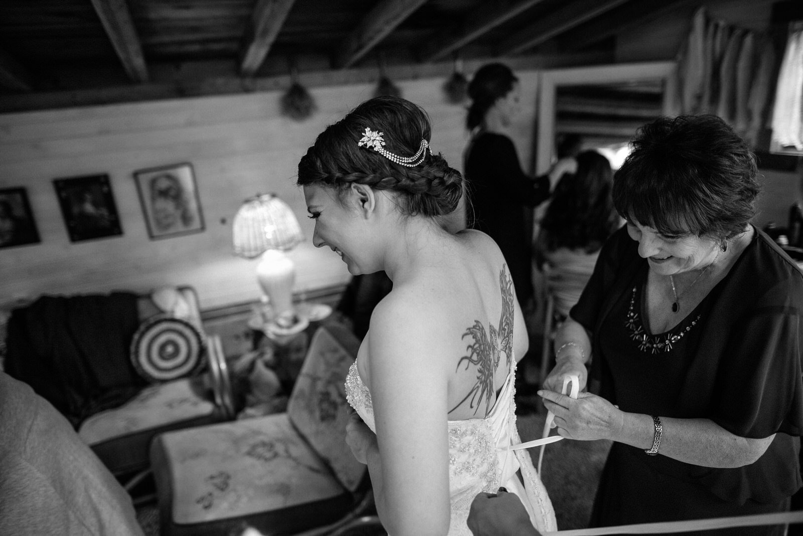 Portland Seattle Destination Wedding Photographer Michigan Millcreek Wilde Barn0017.JPG
