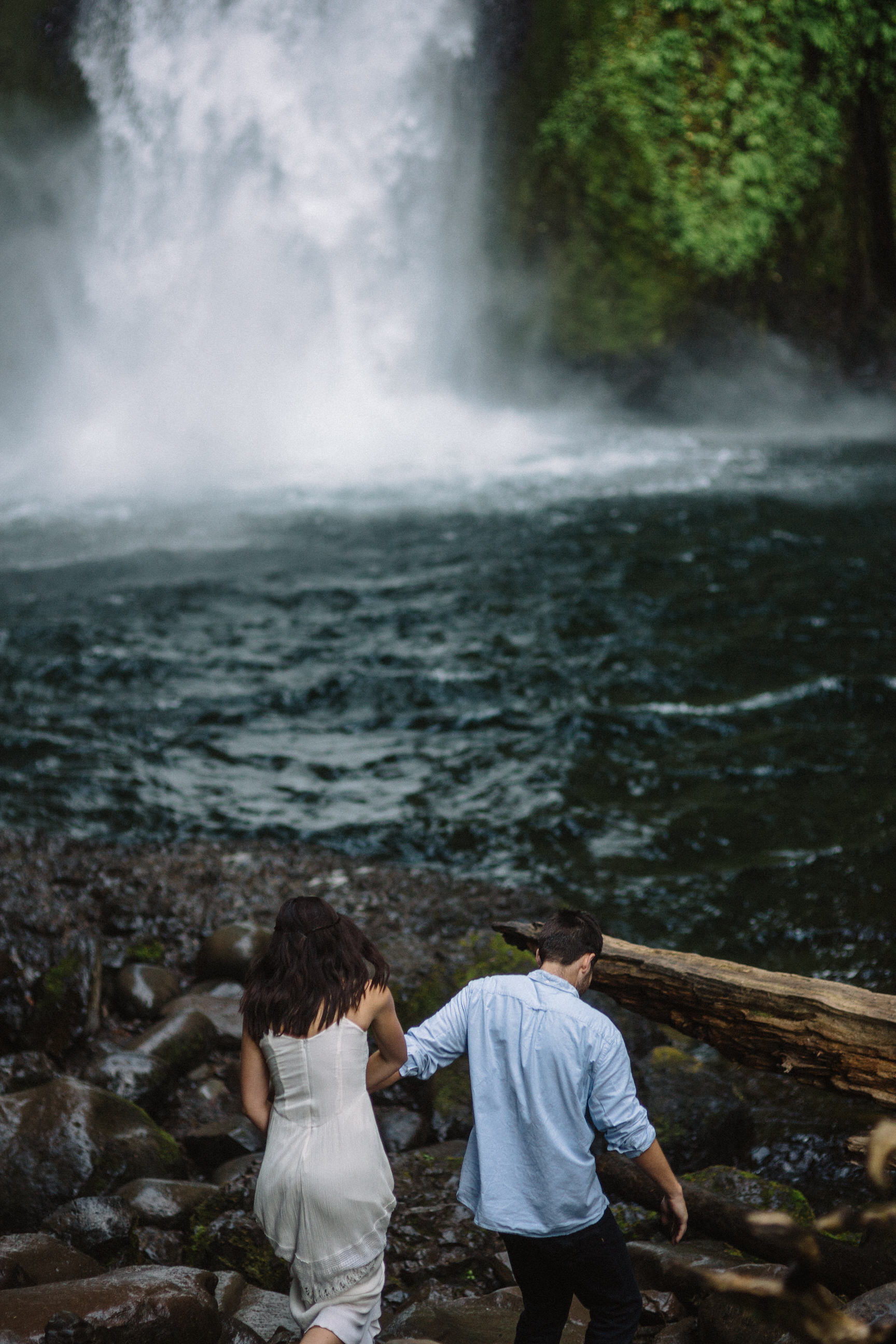 Wahclella falls portland oregon engagement photographer006.JPG