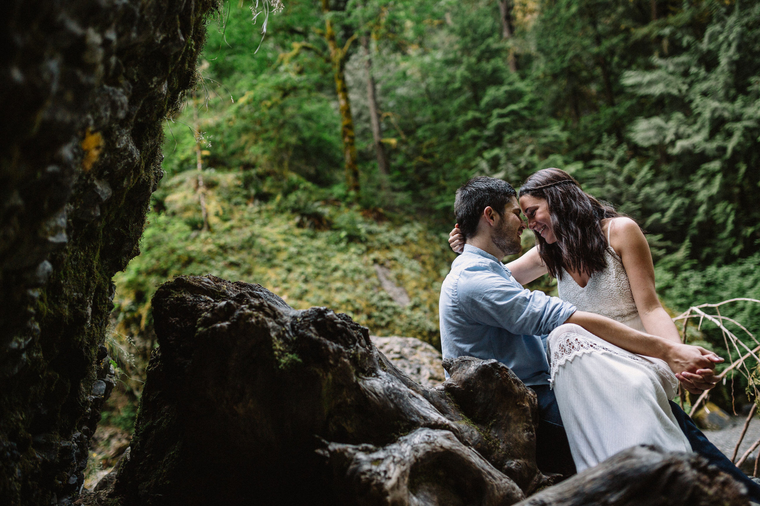 Wahclella falls portland oregon engagement photographer027.JPG