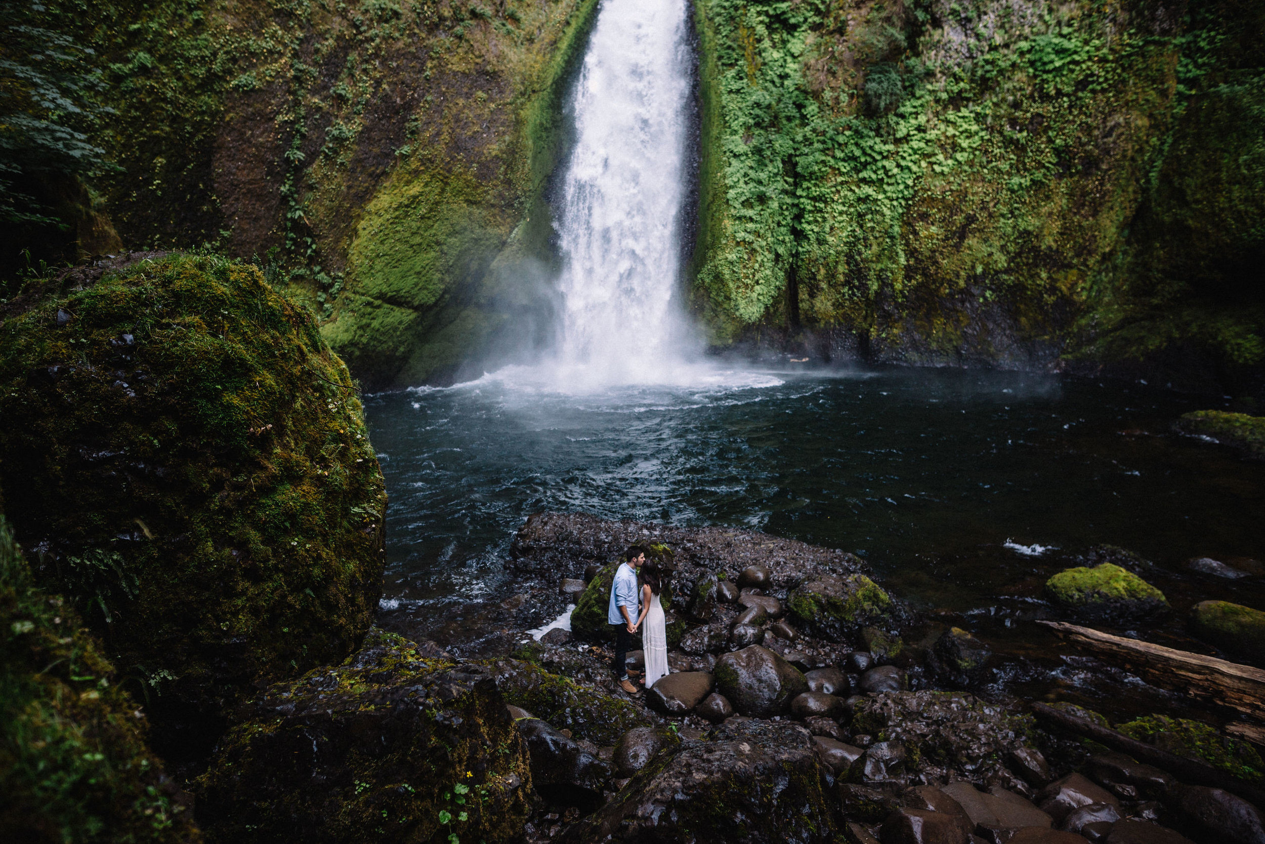 Wahclella falls portland oregon engagement photographer 000.jpg