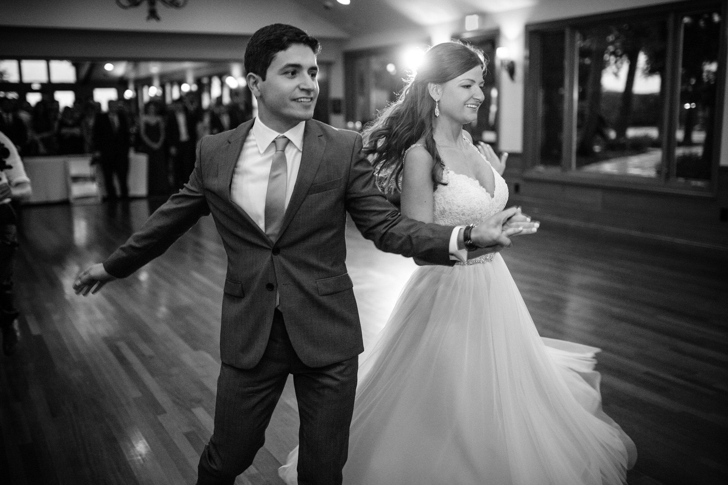 first dance door county wedding destination.jpg