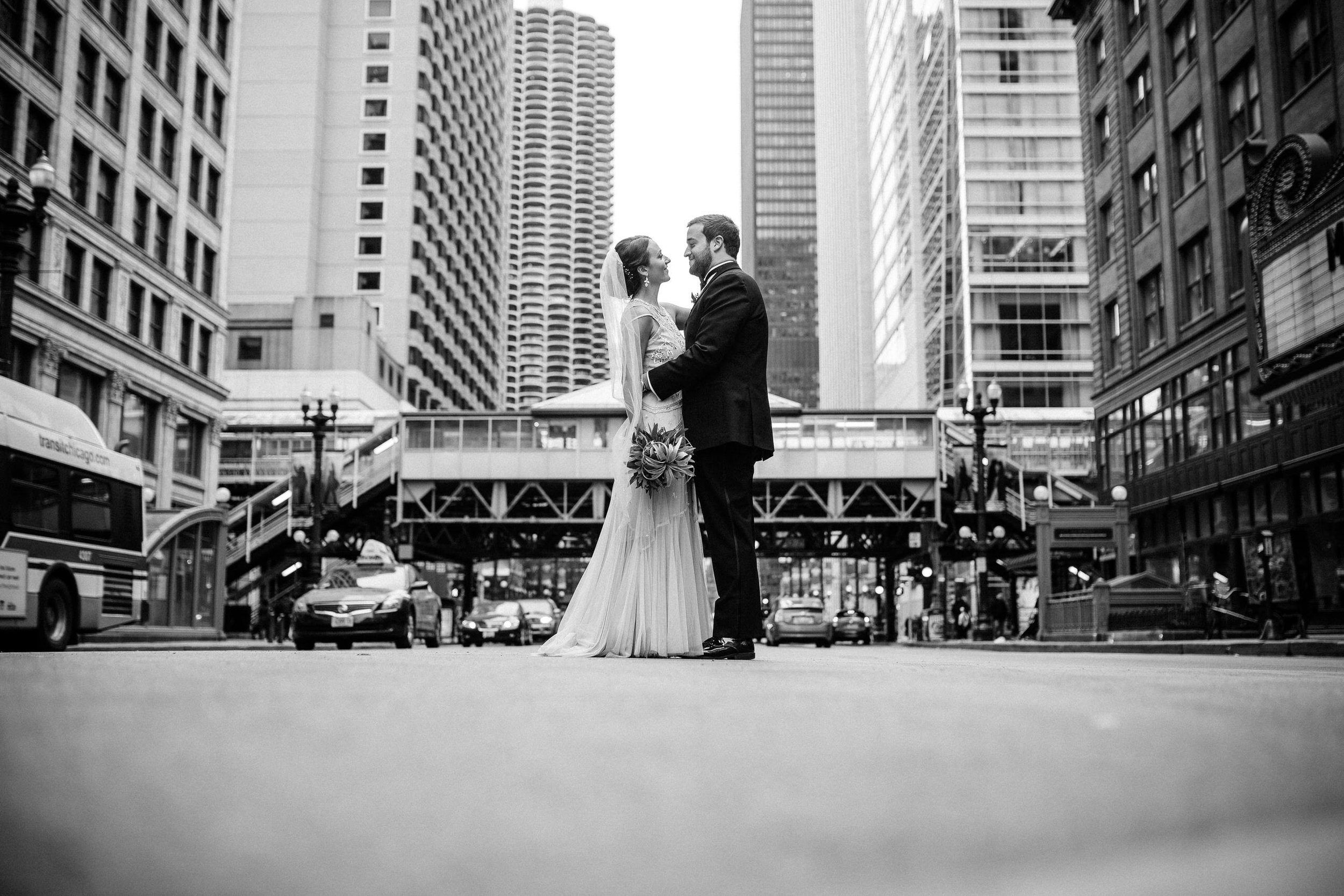 Chicago destination wedding photographer bridgeport art center008.JPG