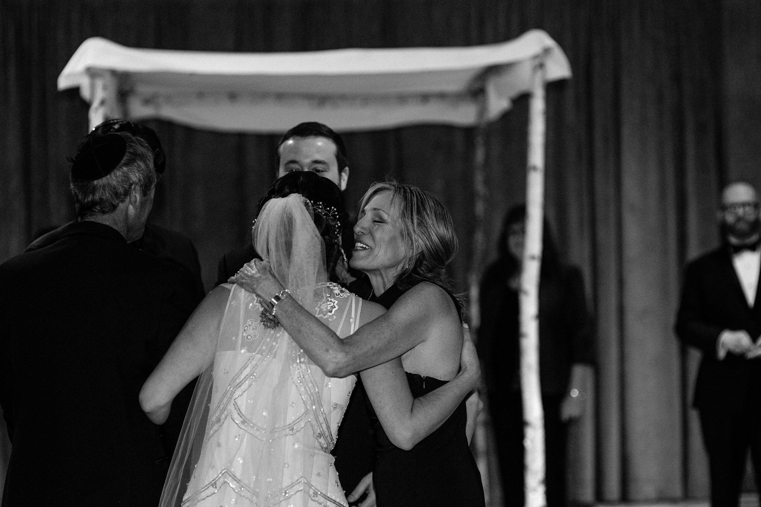 Chicago destination wedding photographer bridgeport art center053.JPG