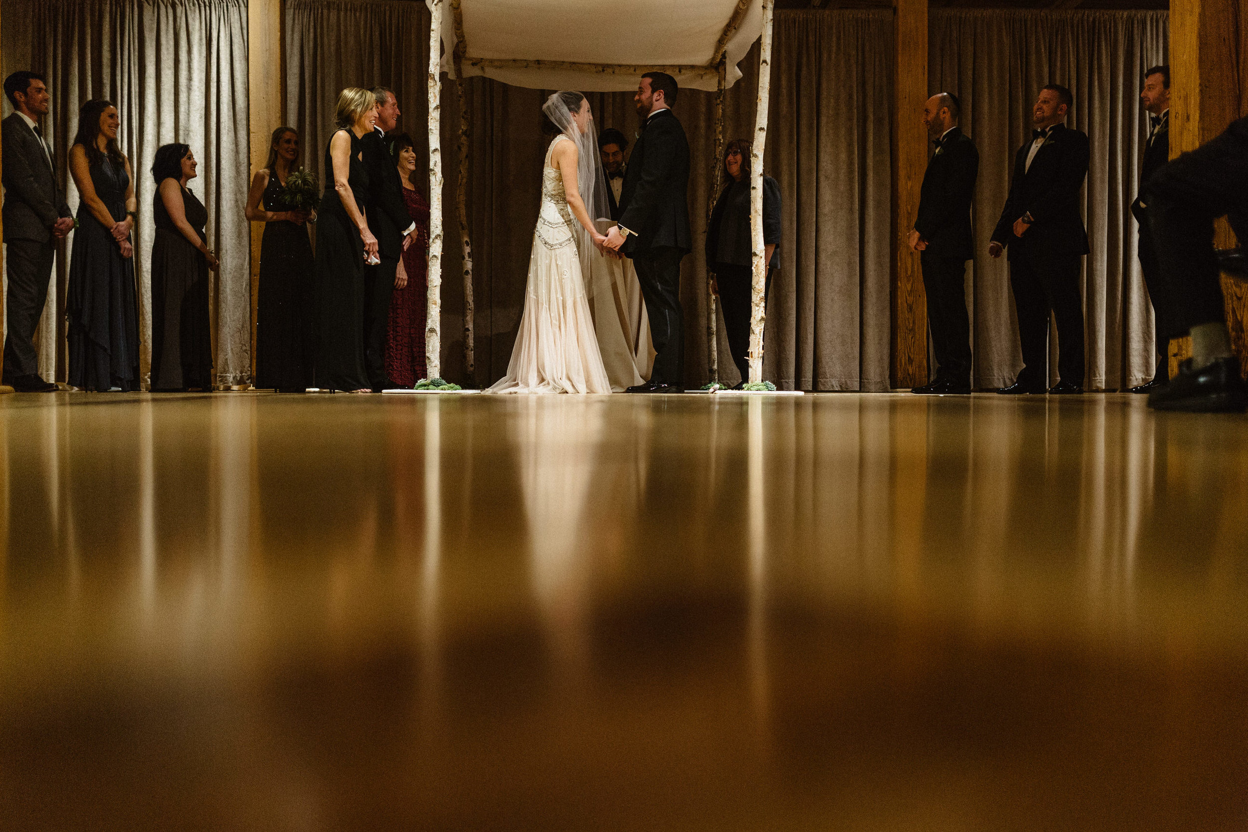 Chicago destination wedding photographer bridgeport art center058.JPG