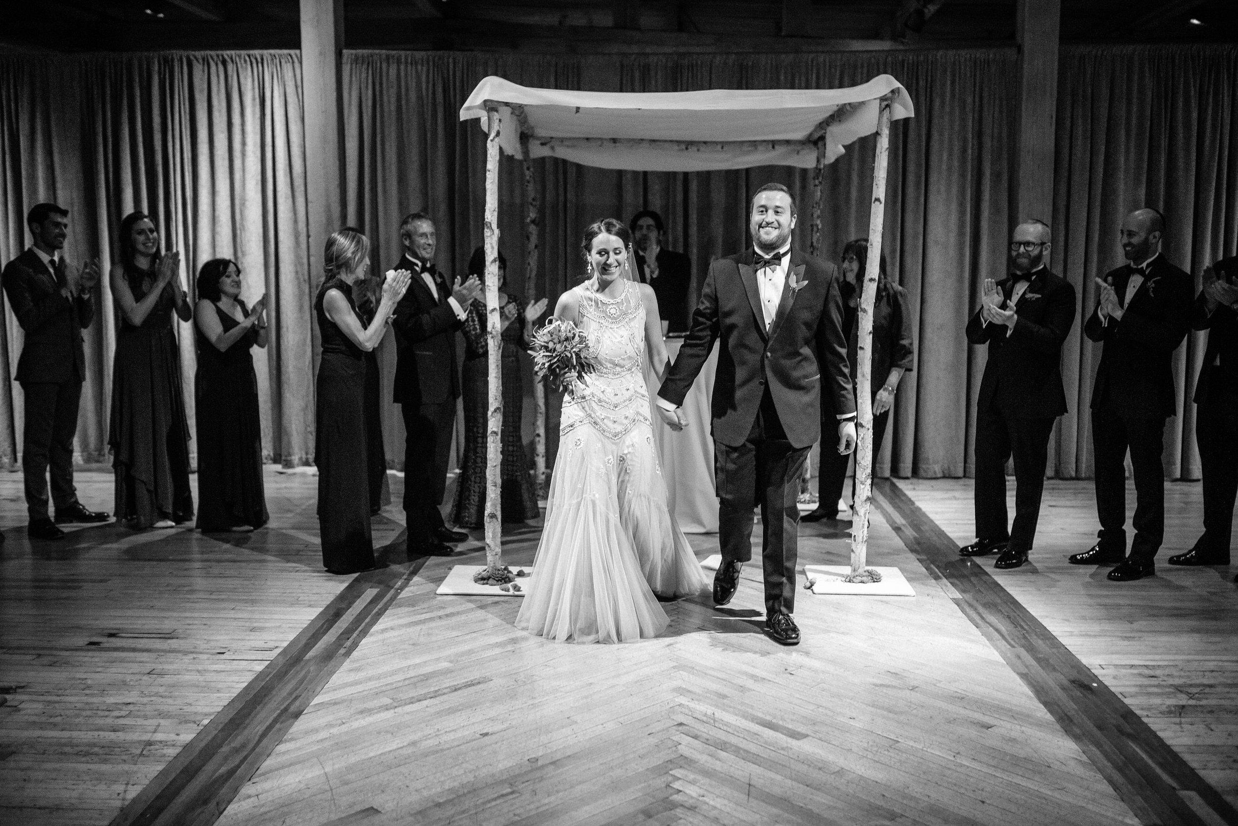 Chicago destination wedding photographer bridgeport art center068.JPG