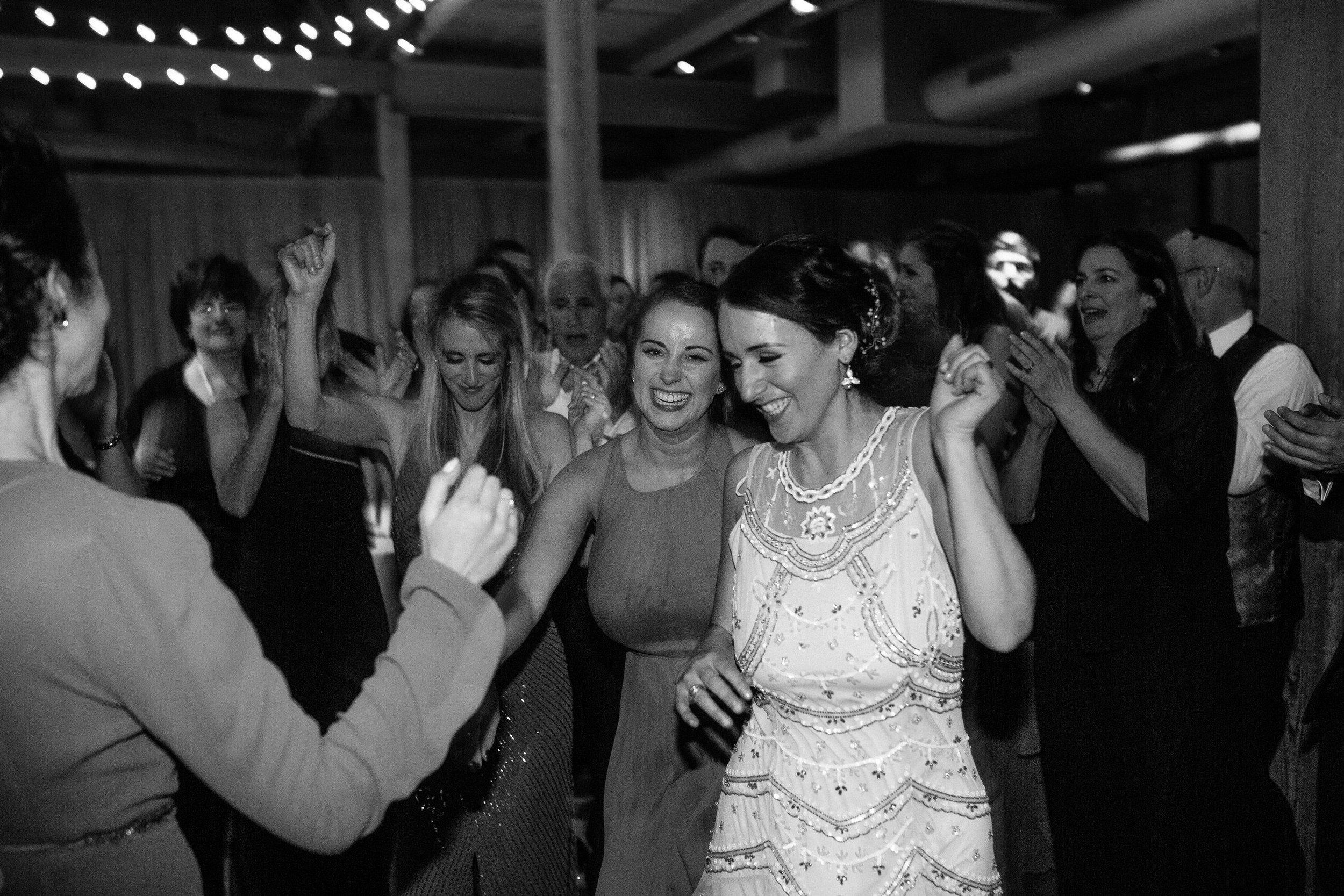 Chicago destination wedding photographer bridgeport art center080.JPG