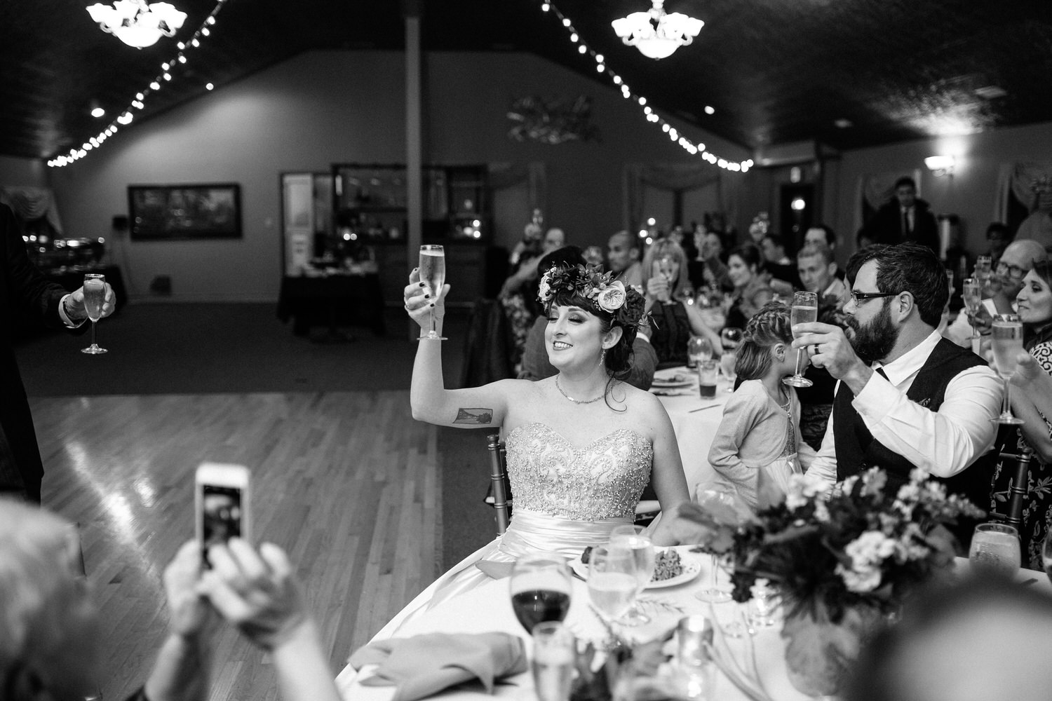 Riverview restaurant wedding photograher Troutdale Oregon Columbia river gorge 0144.JPG