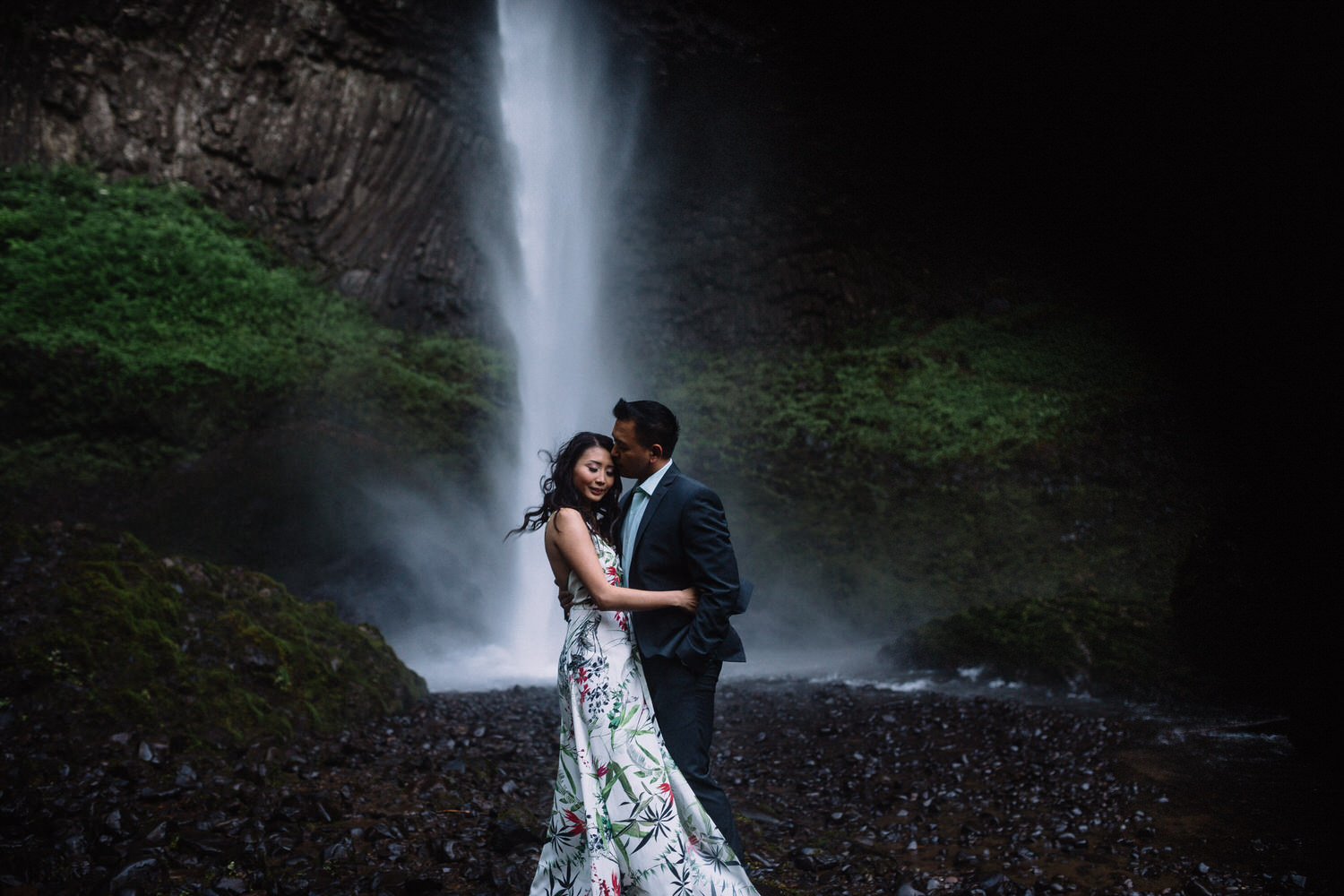 Latourell Falls engagement photography017.JPG