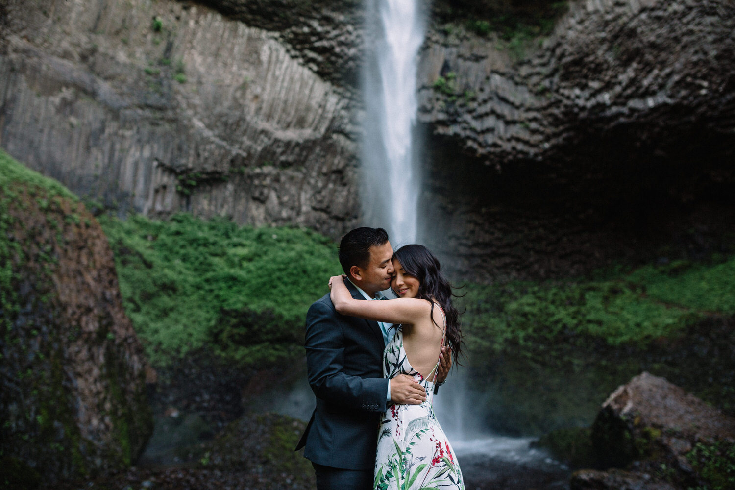 Latourell Falls engagement photography006.JPG