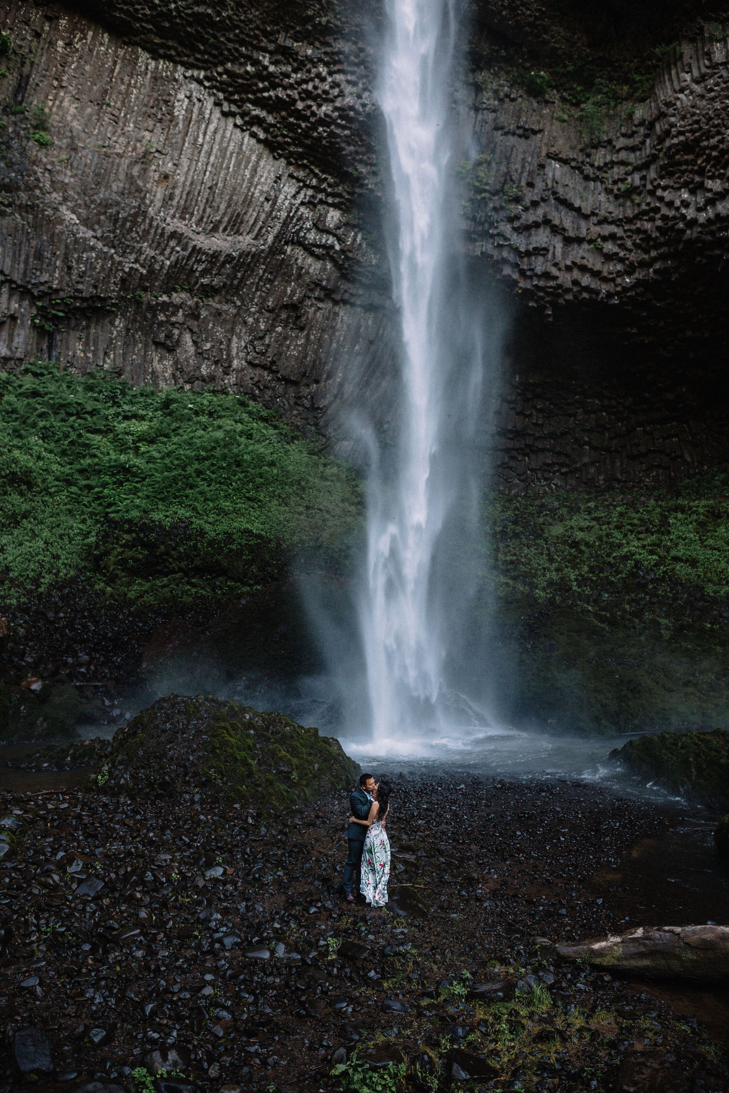 Latourell Falls engagement photography012.JPG