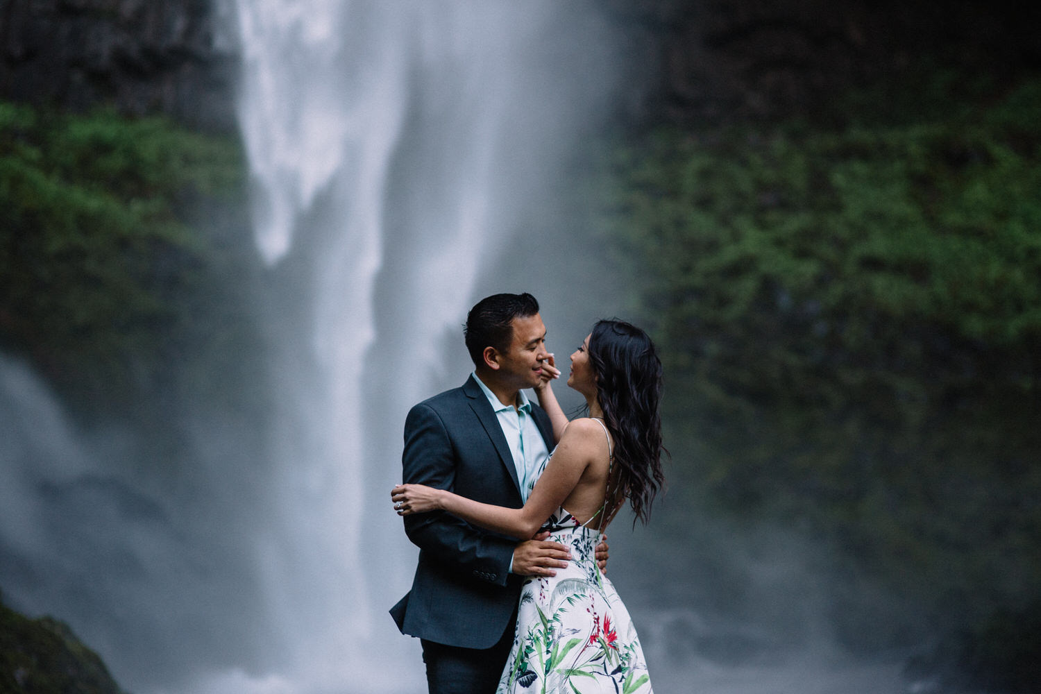 Latourell Falls engagement photography015.JPG