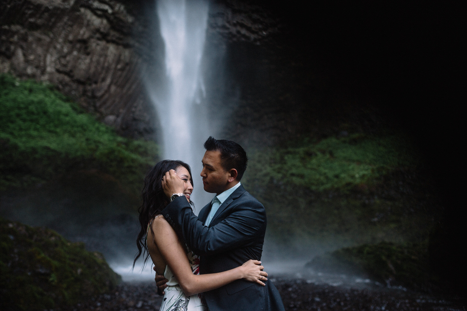 Latourell Falls engagement photography019.JPG