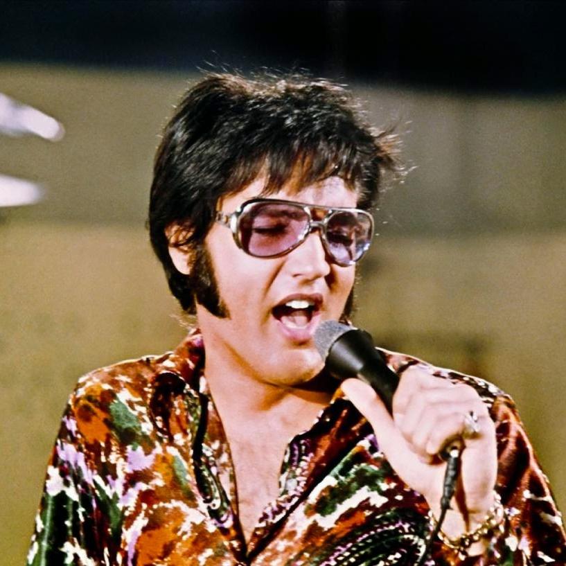 elvis presley 1972 sunglasses.jpg