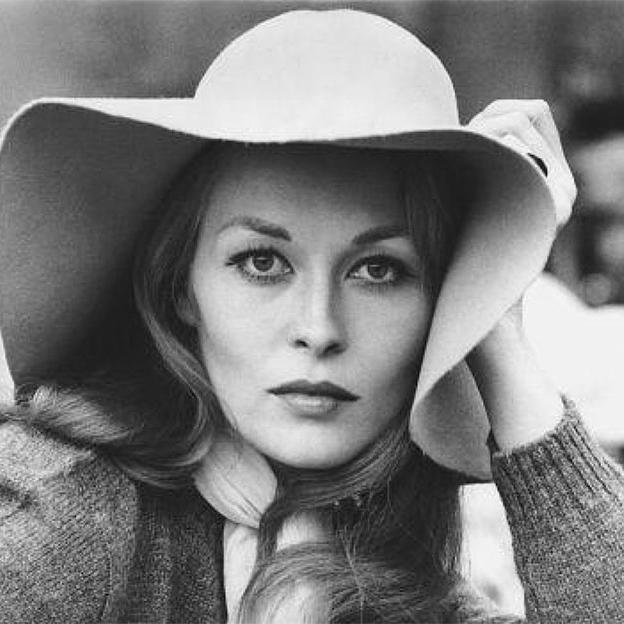 Faye-Dunaway-Blonde-Hair-70s.jpg