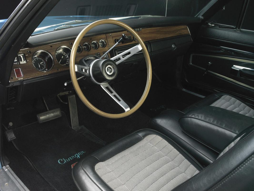 70 Charger interior with dash.jpg