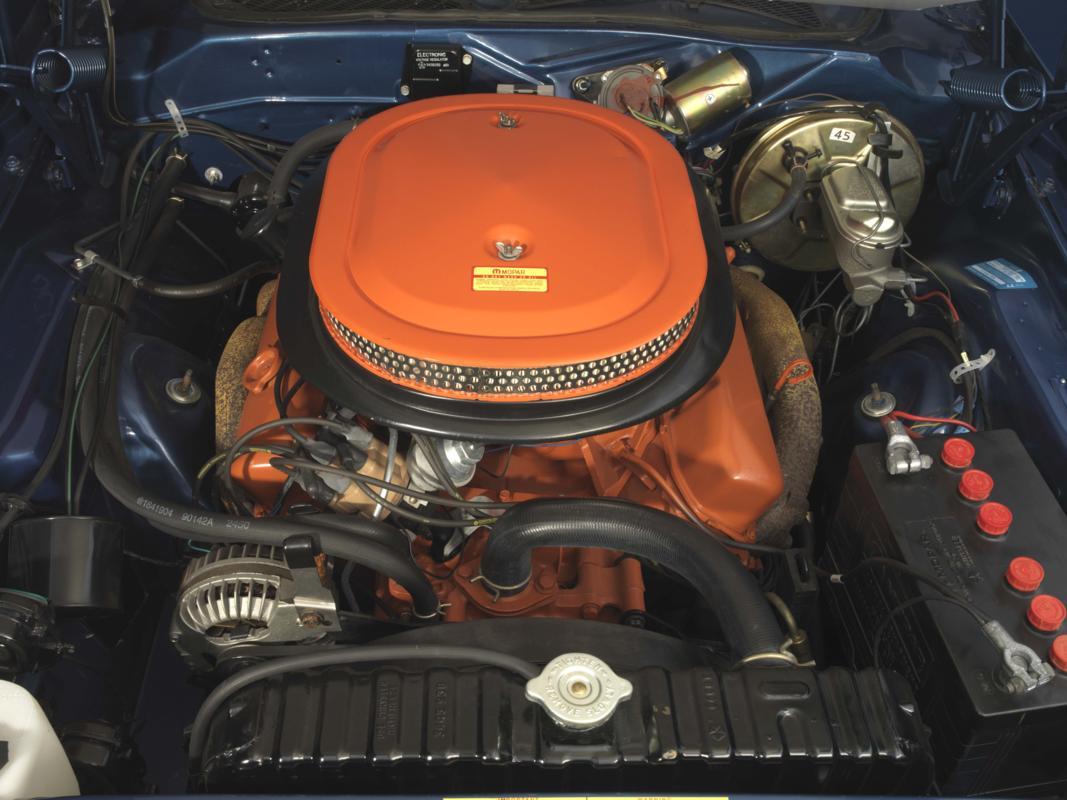 71 Blue Six Pack(_) engine.jpg