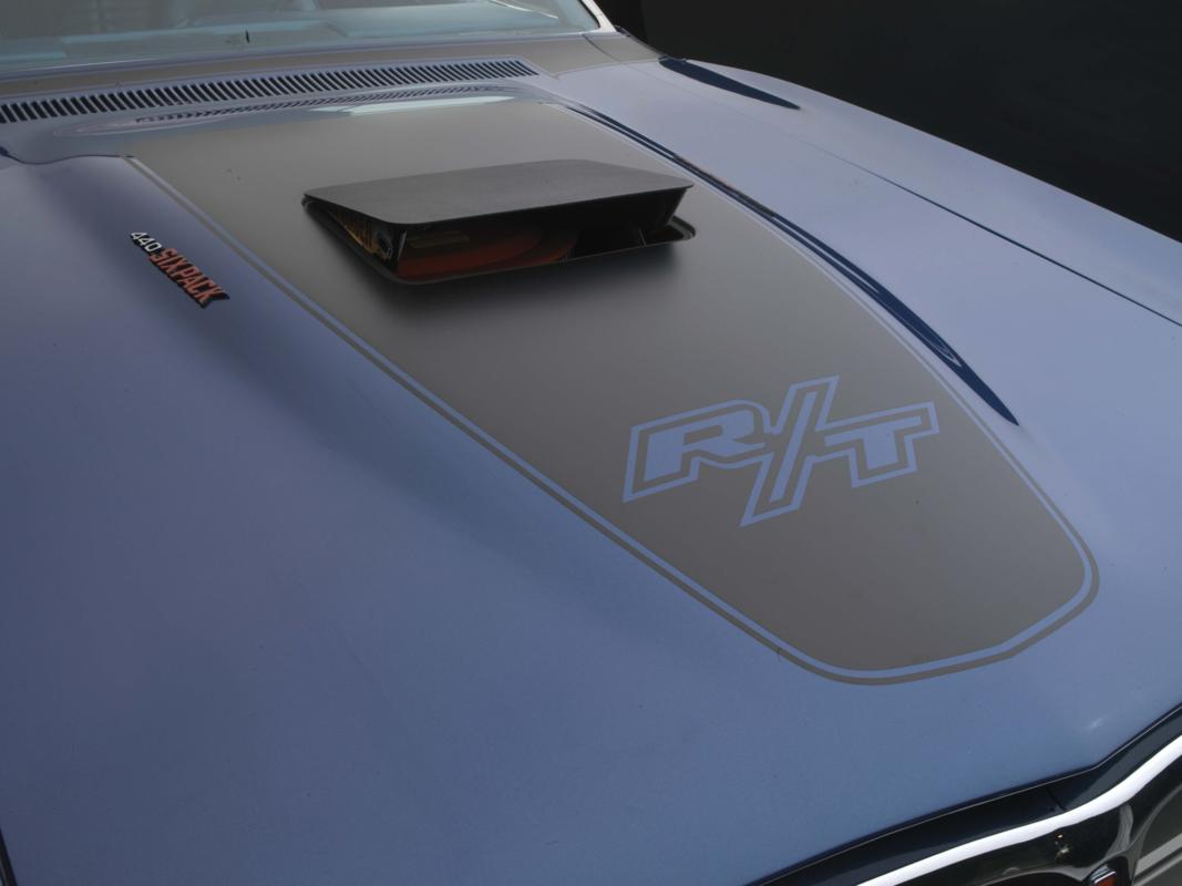 71 blue Six Pack hood detail.jpg