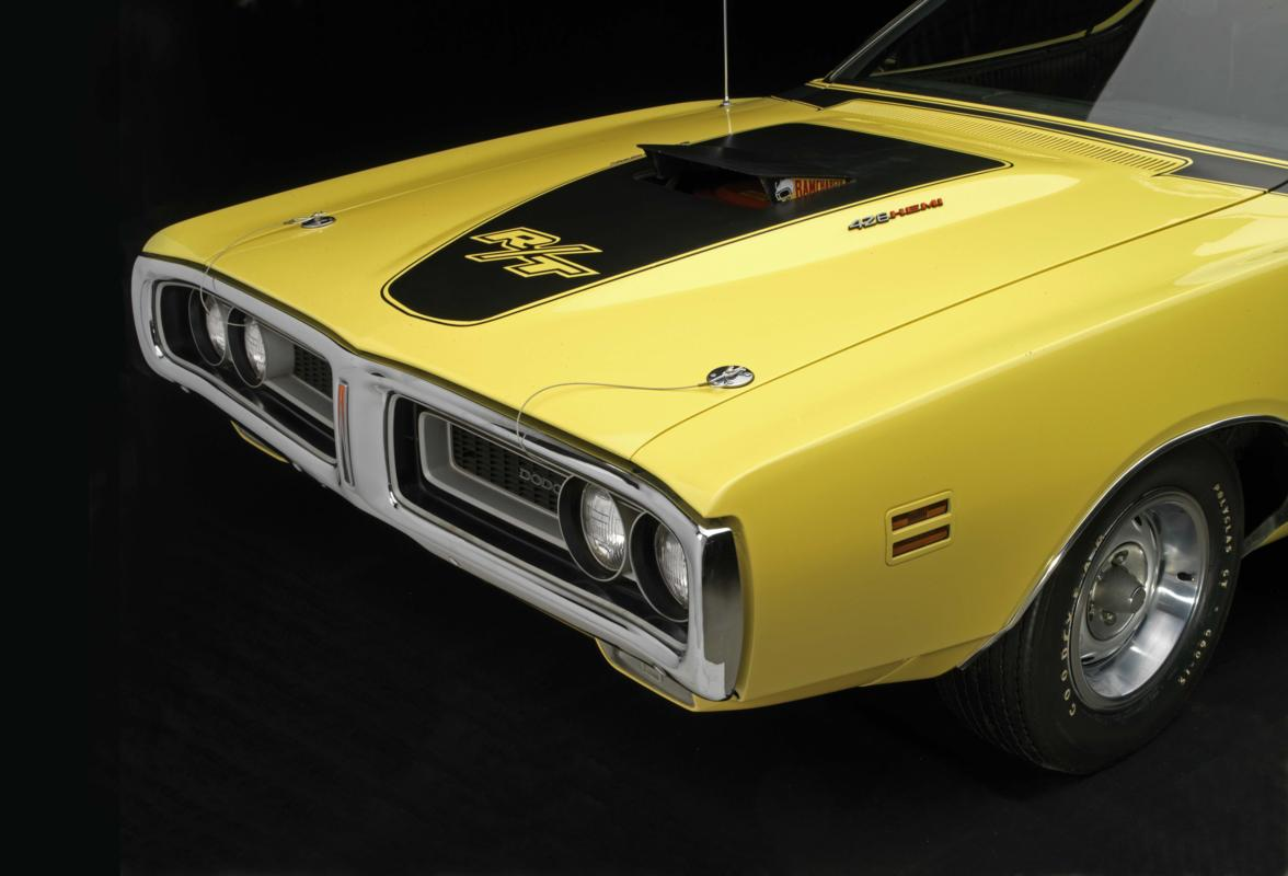 71 Lemon Twist Hemi hood and grille.jpg