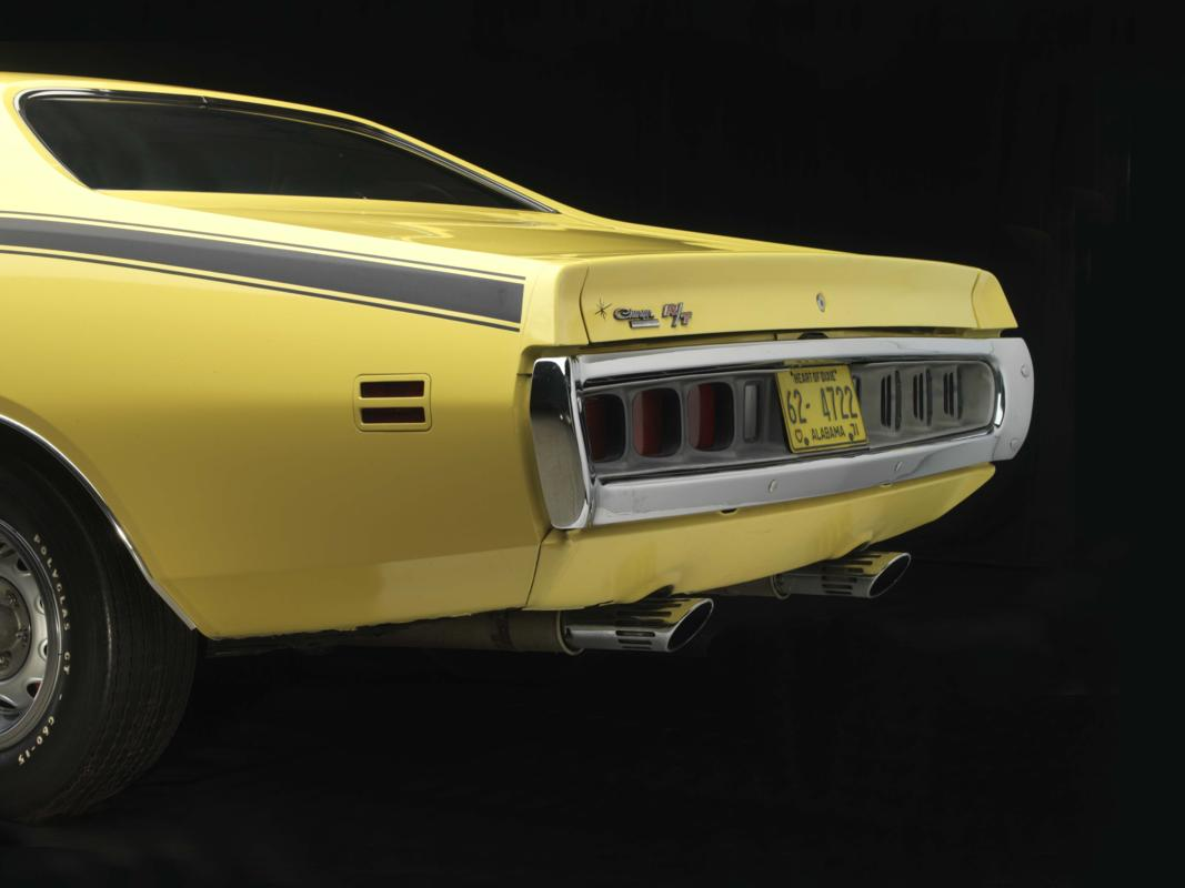 71 Lemon Twist Hemi rear.jpg