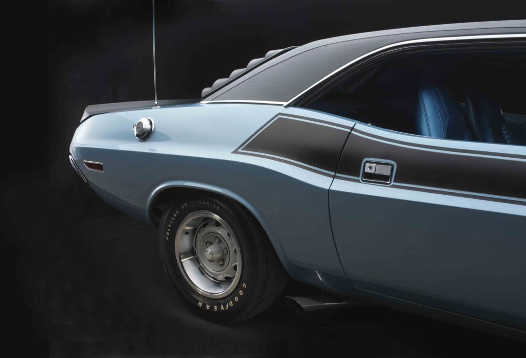 Dodge Challenger T-A 1970 rear detail.jpg